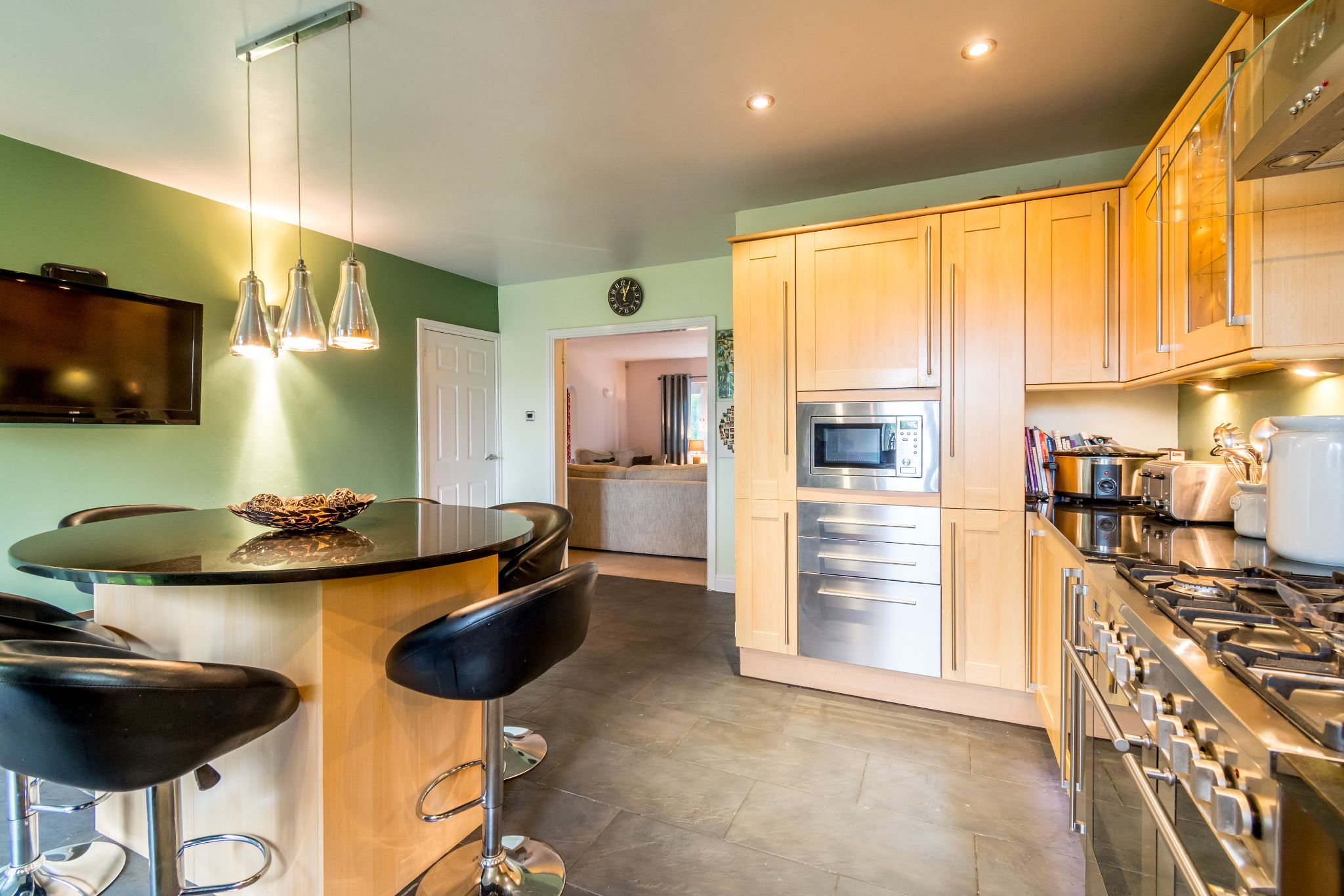 5 bedroom detached house For Sale in Brighouse - Kitchen