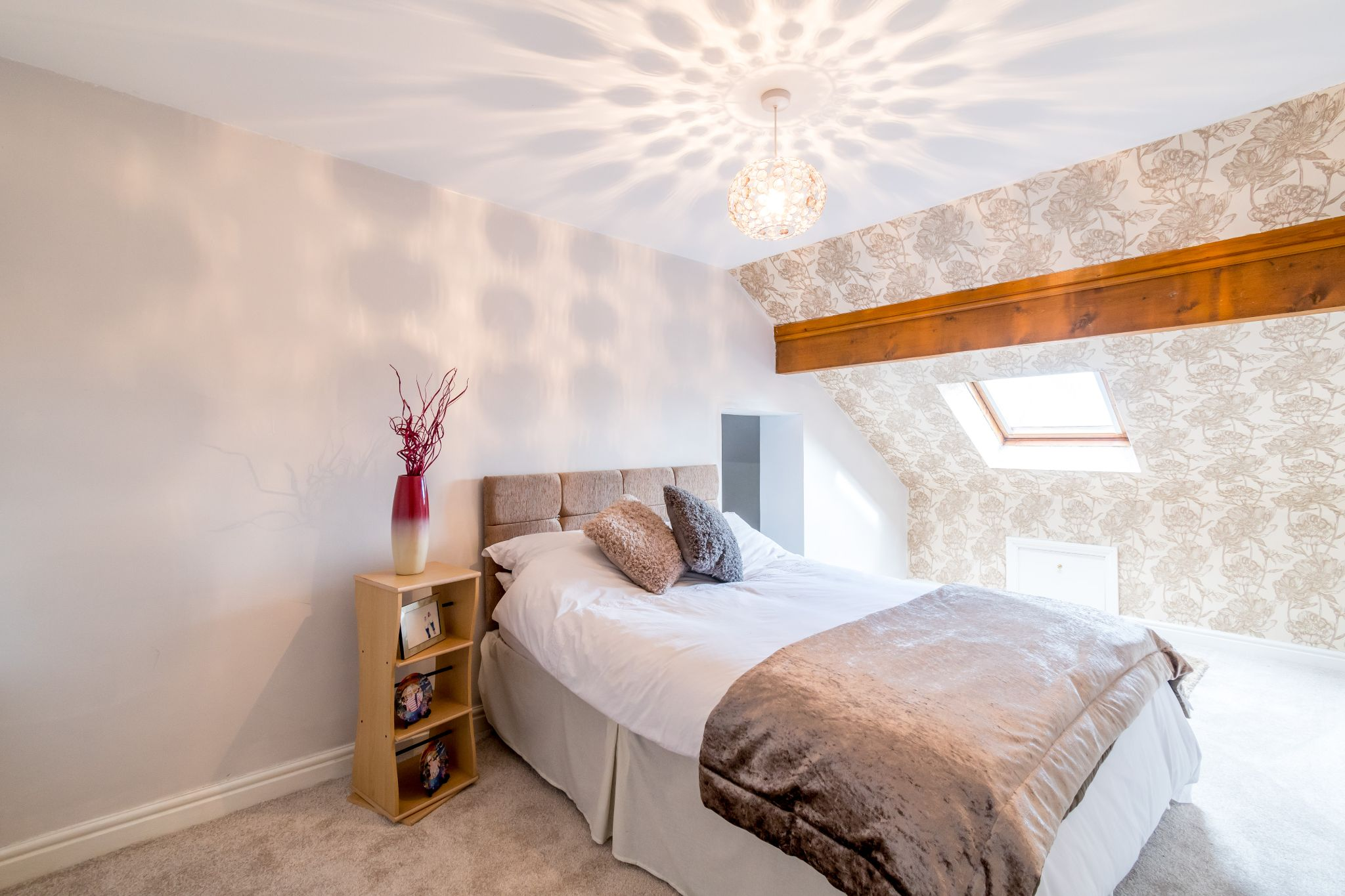5 bedroom detached house For Sale in Brighouse - Bedroom 2