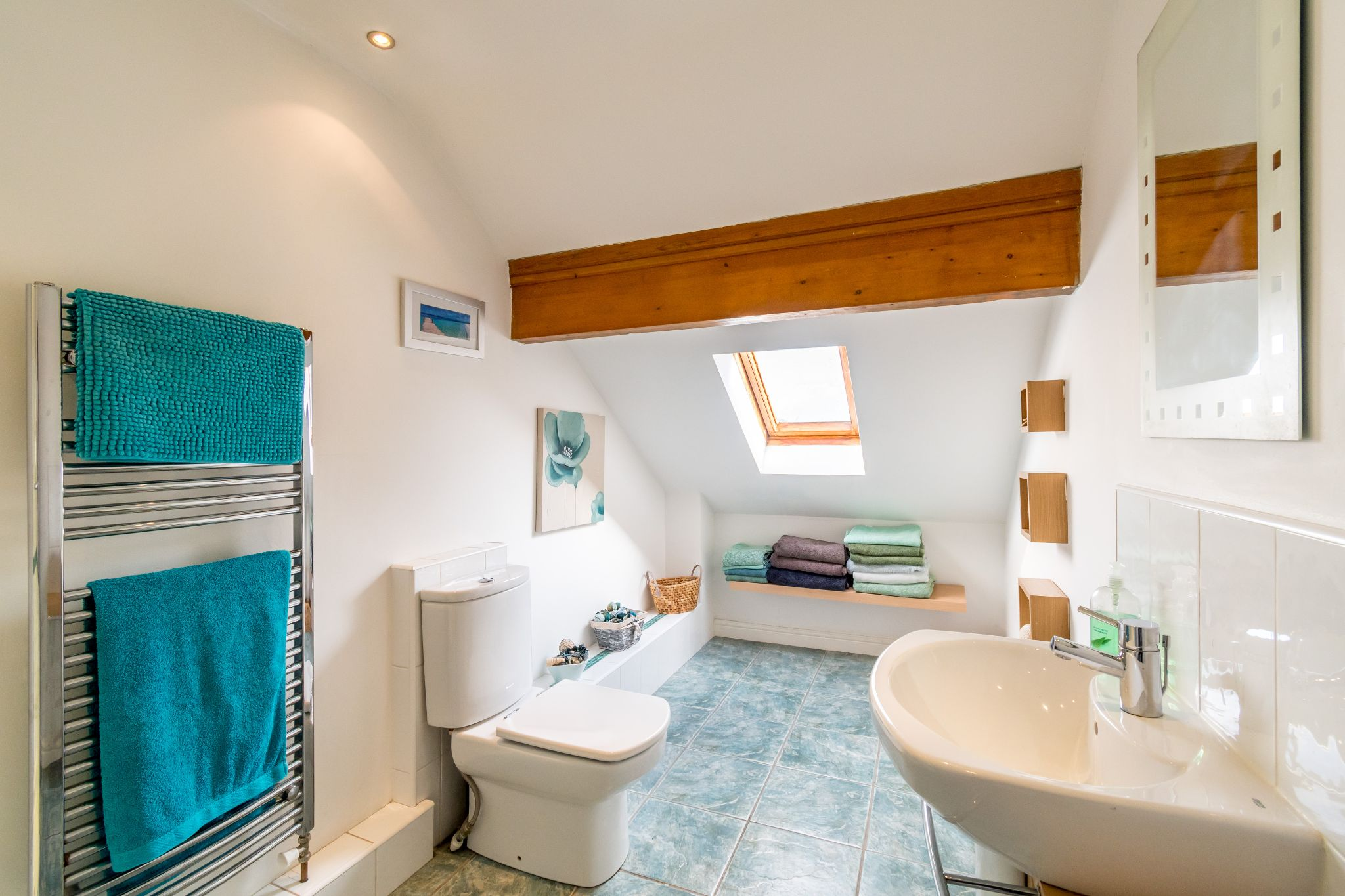 5 bedroom detached house SSTC in Brighouse - Shower room