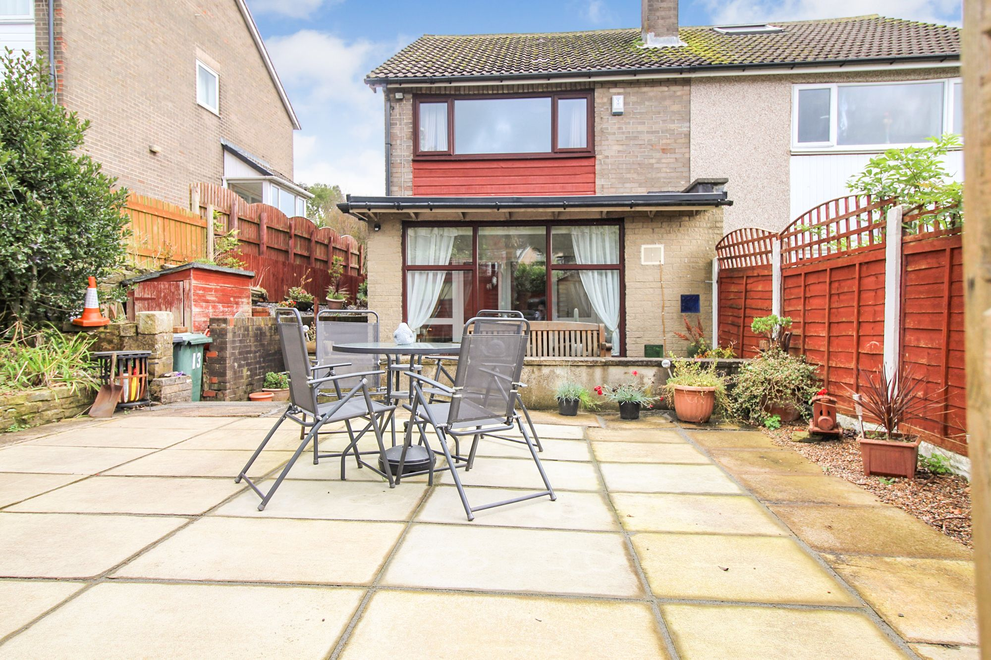 3 bedroom semi-detached house For Sale in Bradford - Rear Patio