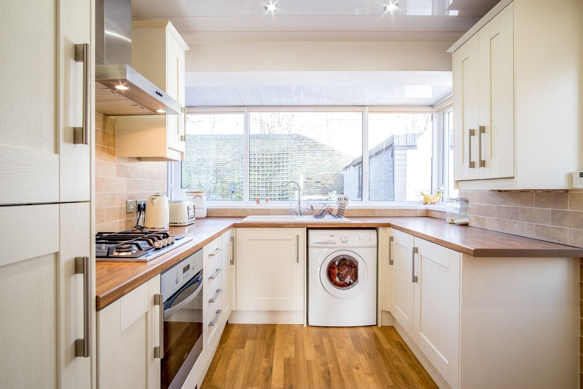 3 bedroom semi-detached house For Sale in Brighouse - Kitchen