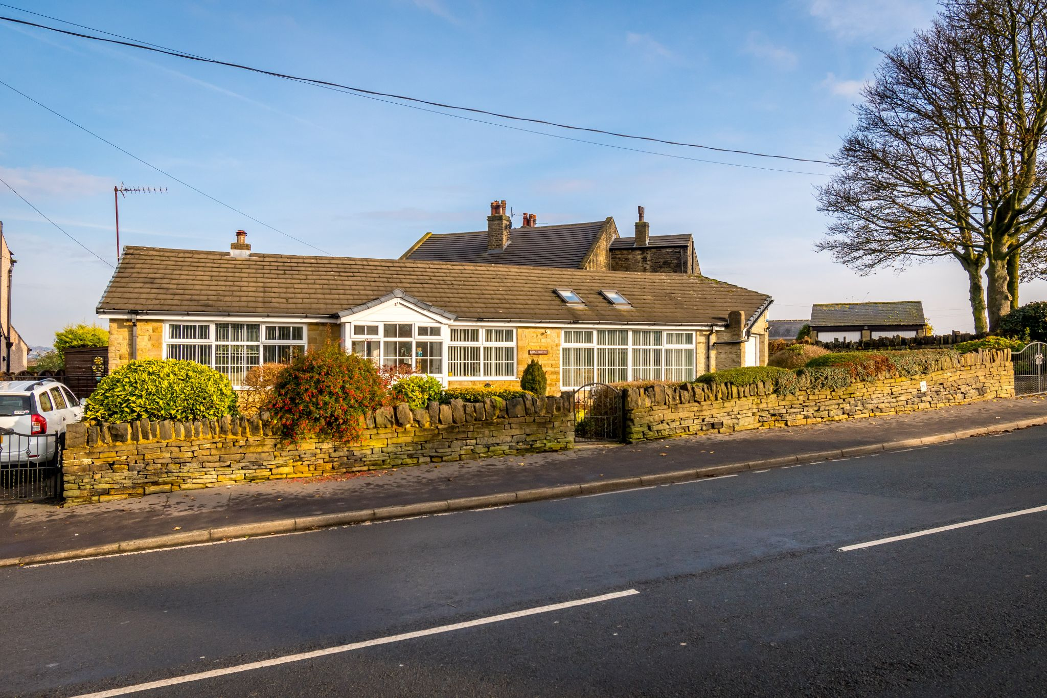3 bedroom detached bungalow For Sale in Hove Edge - Front aspect