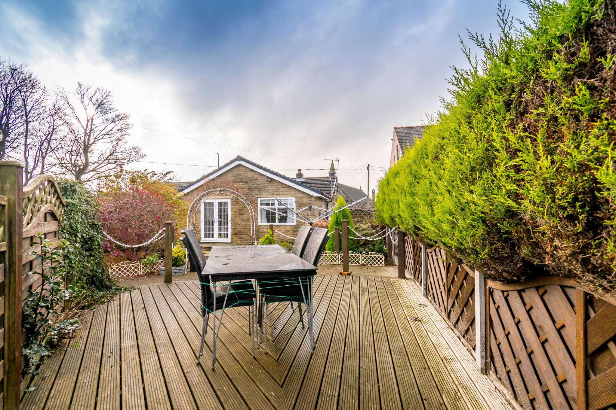 3 bedroom detached bungalow For Sale in Hove Edge - Seating area