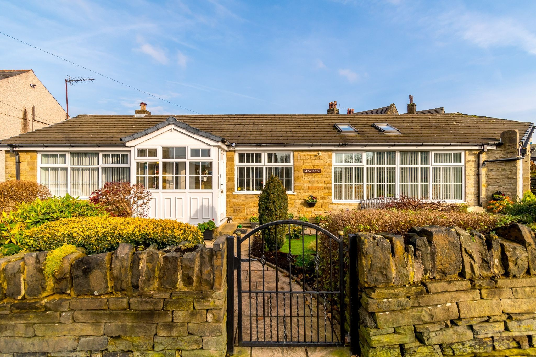 3 bedroom detached bungalow For Sale in Hove Edge - Frontage