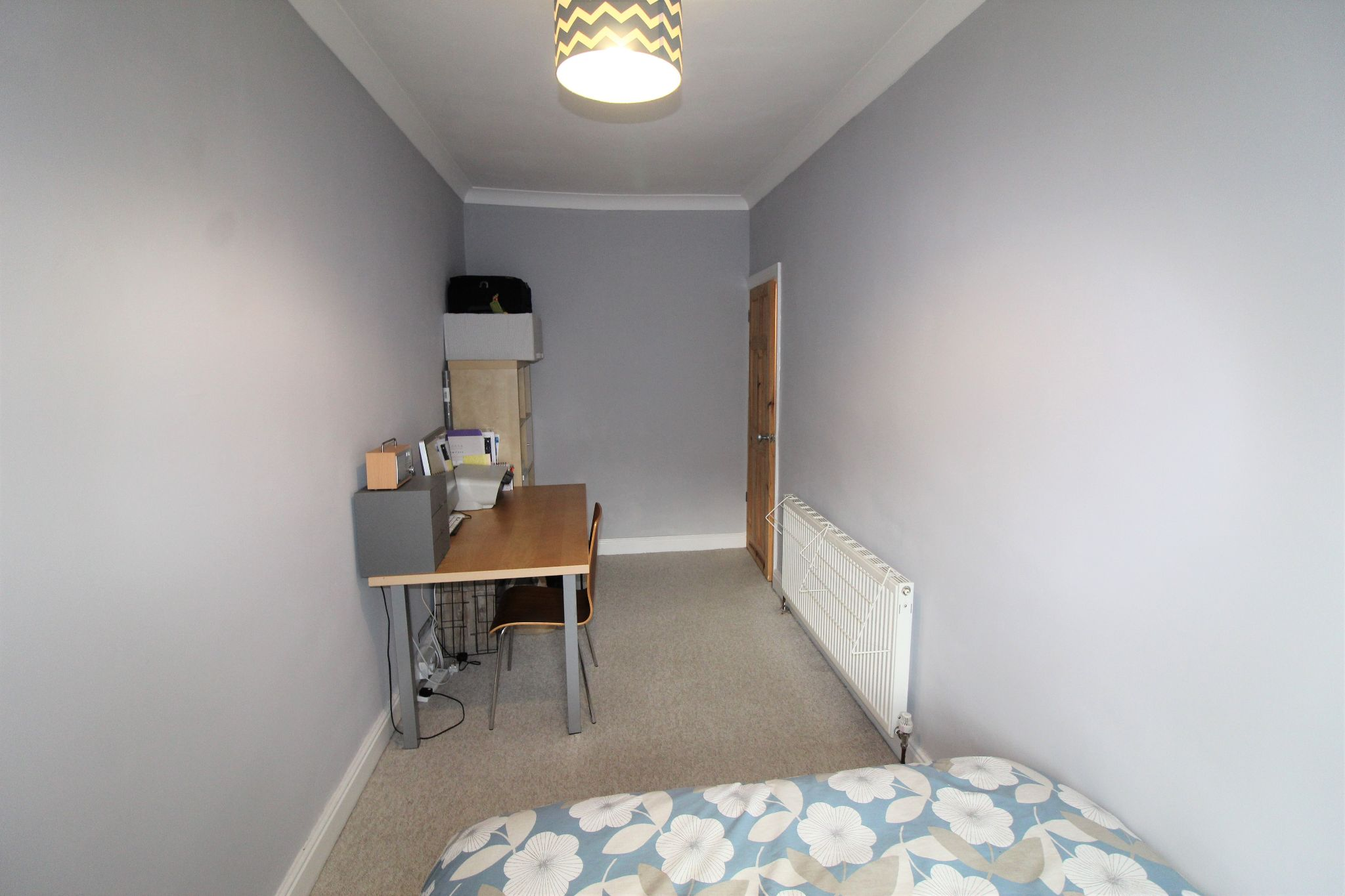 2 bedroom mid terraced house Sale Agreed in Brighouse - Bedroom 2
