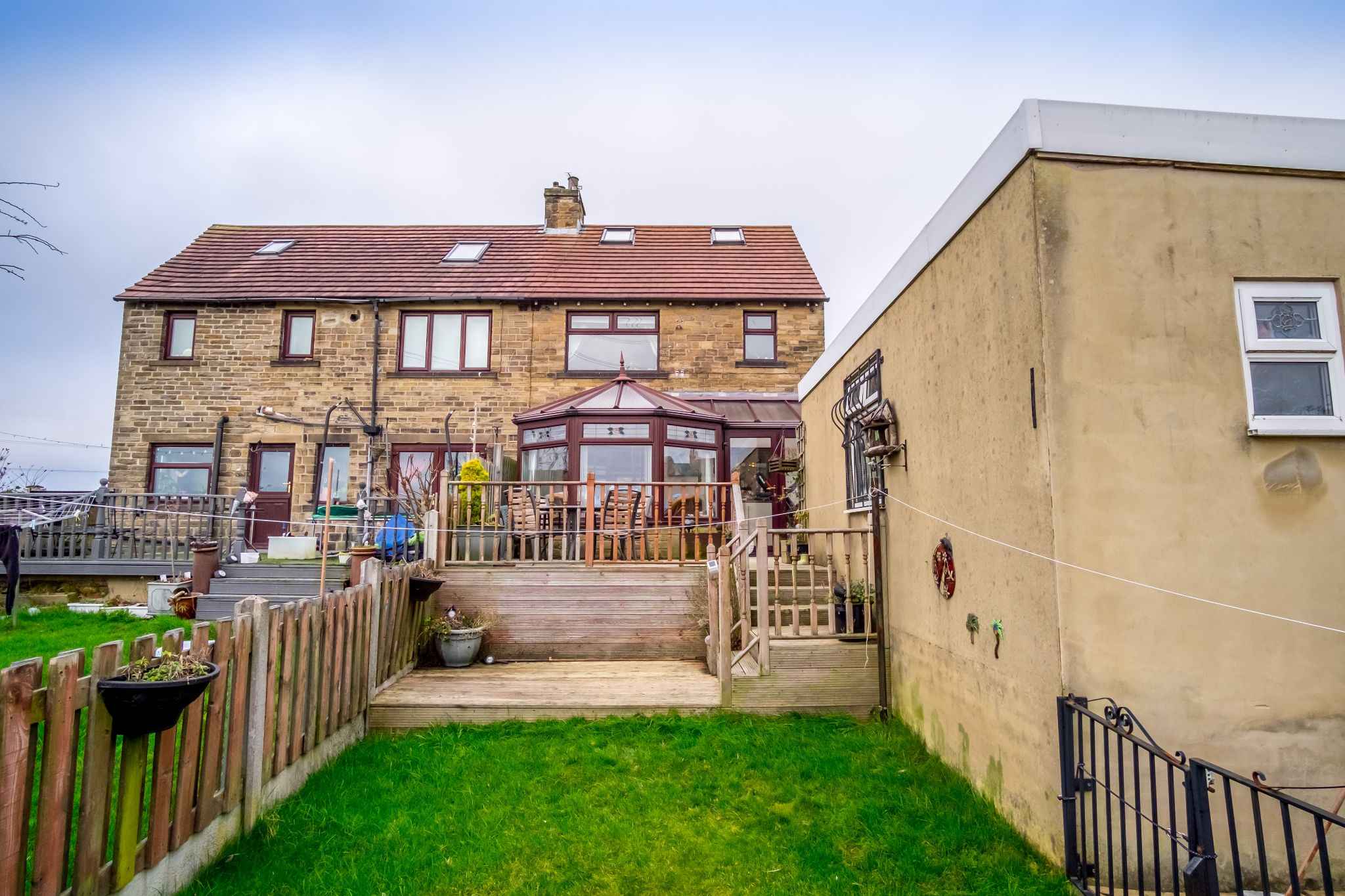 4 bedroom semi-detached house For Sale in Halifax - Rear aspect and garden