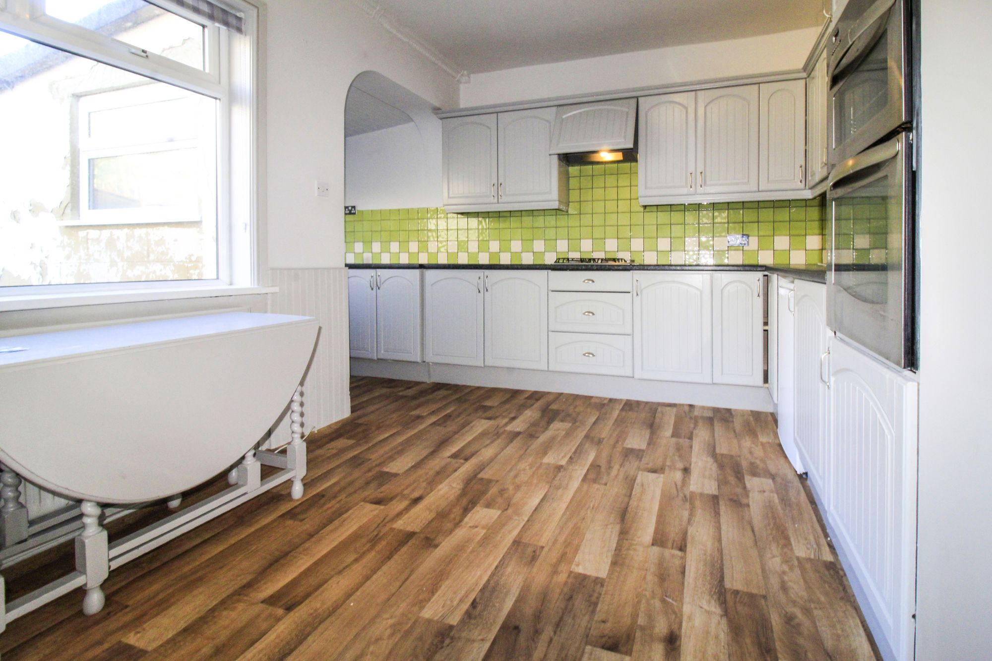 3 bedroom semi-detached house To Let in Shipley - Kitchen