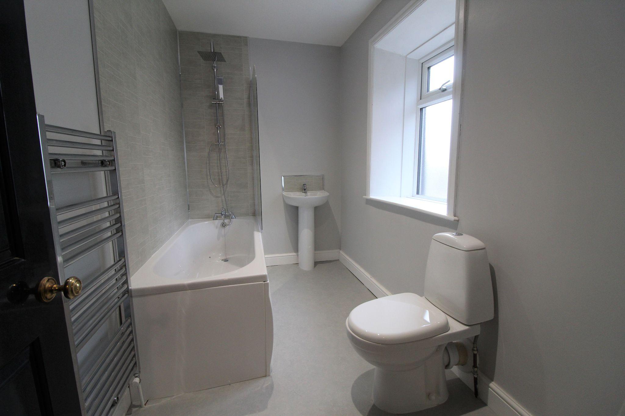 1 bedroom cottage house Let in Bradford - Bathroom