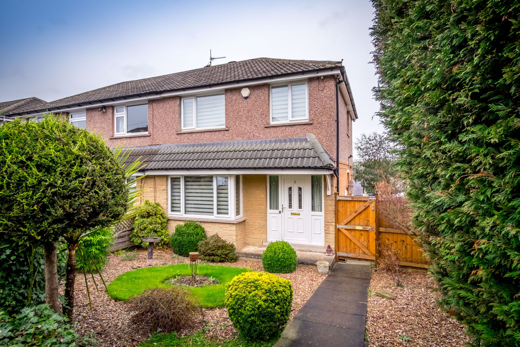 3 bedroom semi-detached house SSTC in Brighouse - Front elevation