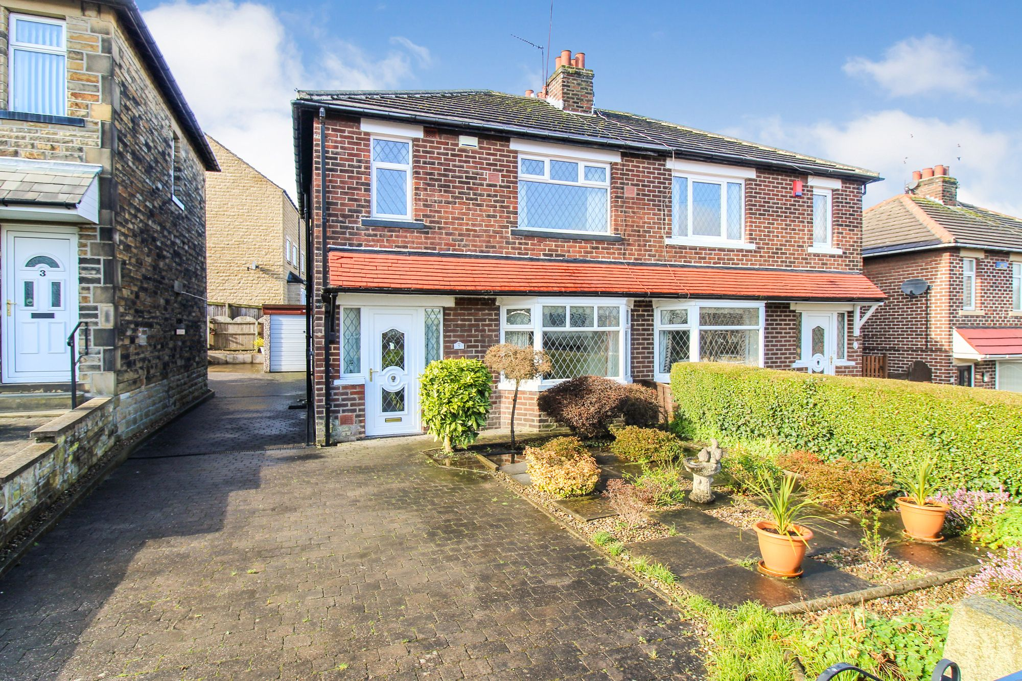 3 bedroom semi-detached house SSTC in Brighouse - Photograph 1
