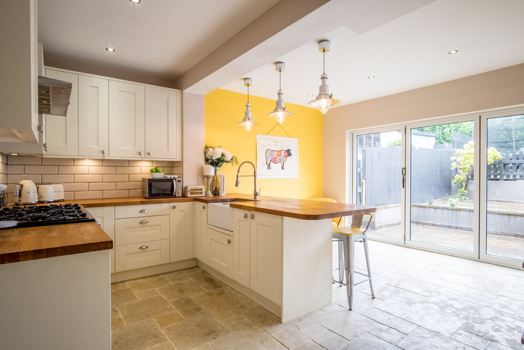 3 bedroom mid terraced house For Sale in Halifax - Kitchen area