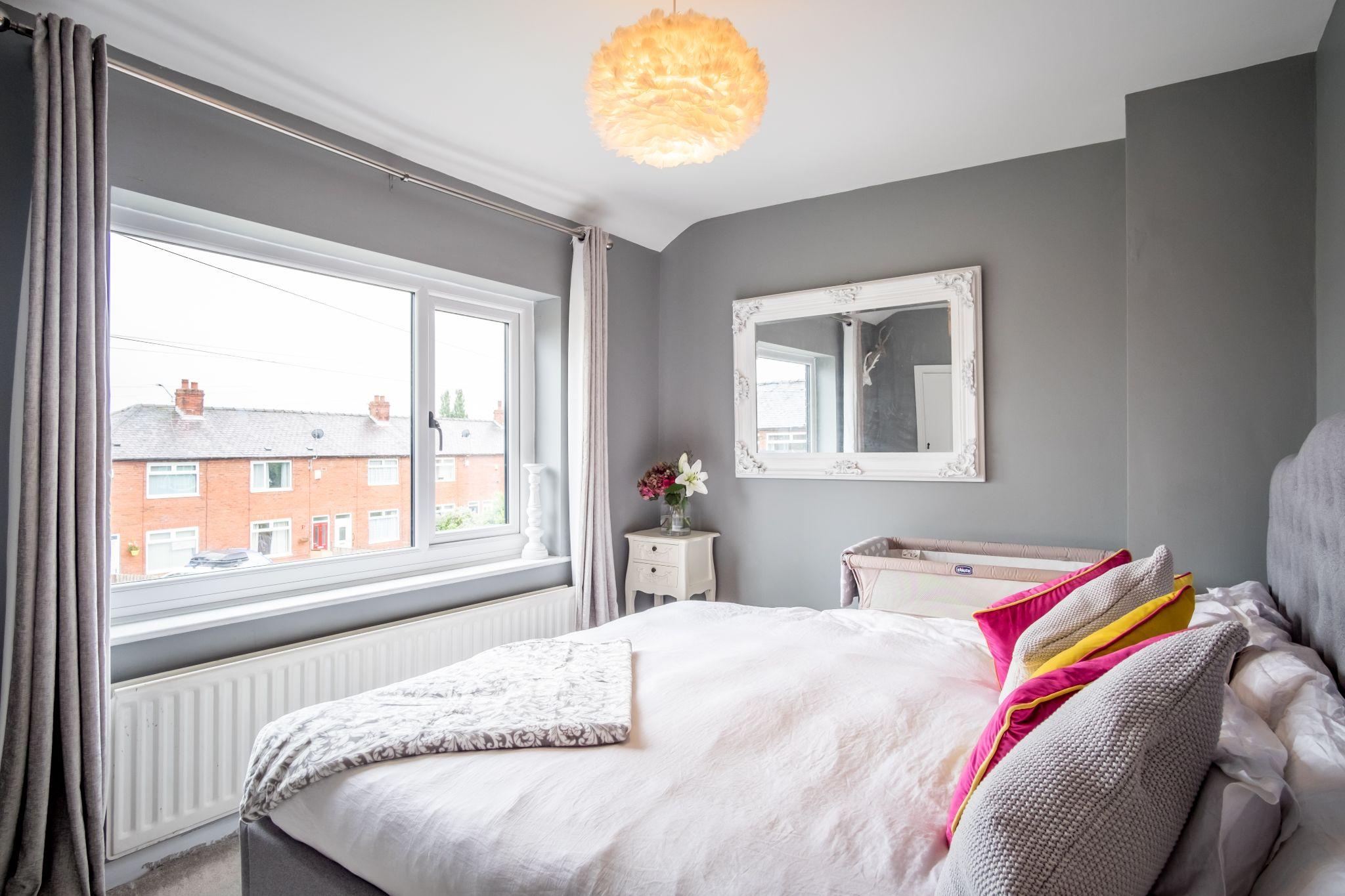 3 bedroom mid terraced house For Sale in Halifax - Bedroom 1
