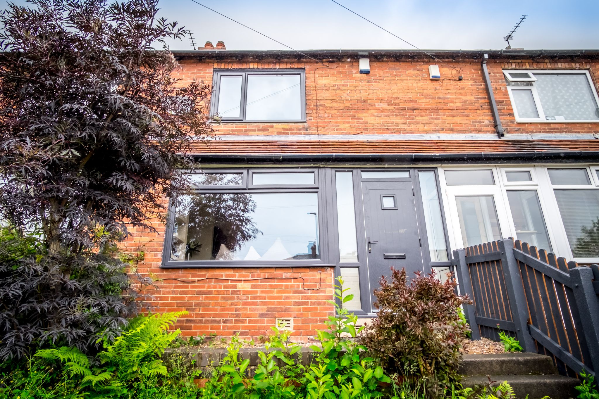 3 bedroom mid terraced house For Sale in Halifax - Front aspect
