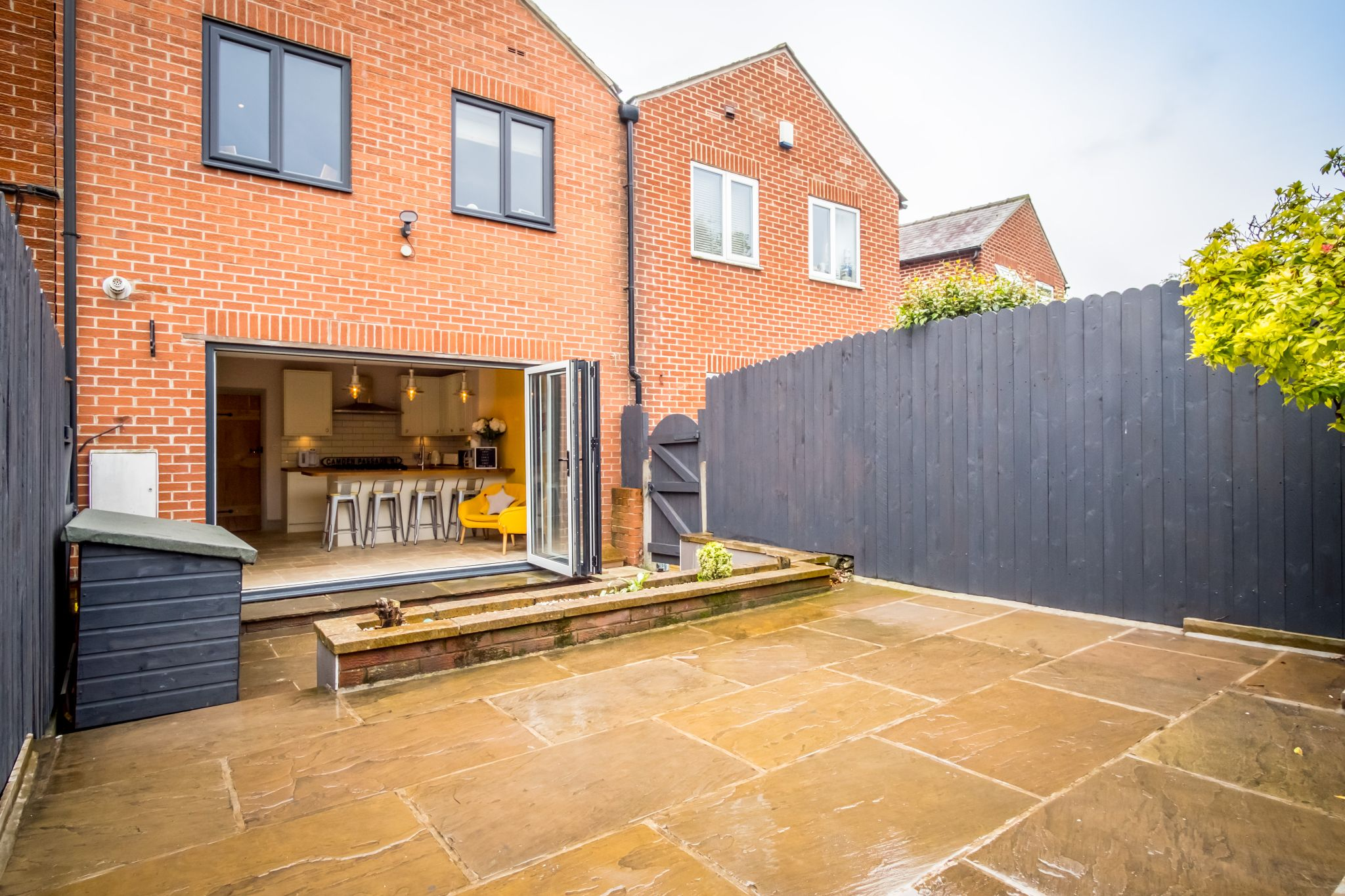 3 bedroom mid terraced house For Sale in Halifax - Patio seating area