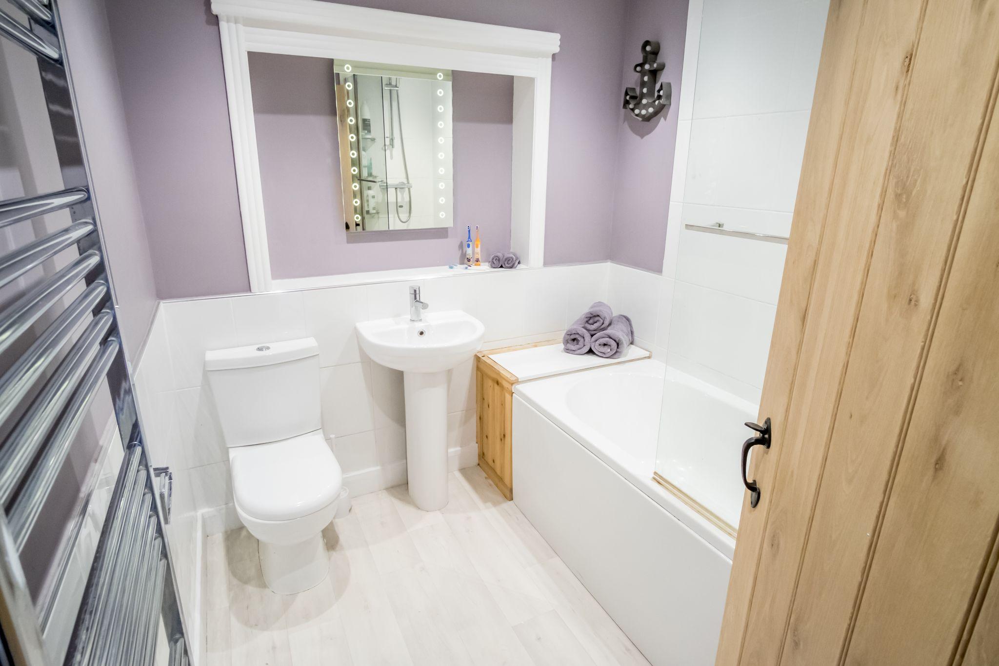 3 bedroom mid terraced house For Sale in Halifax - Bathroom