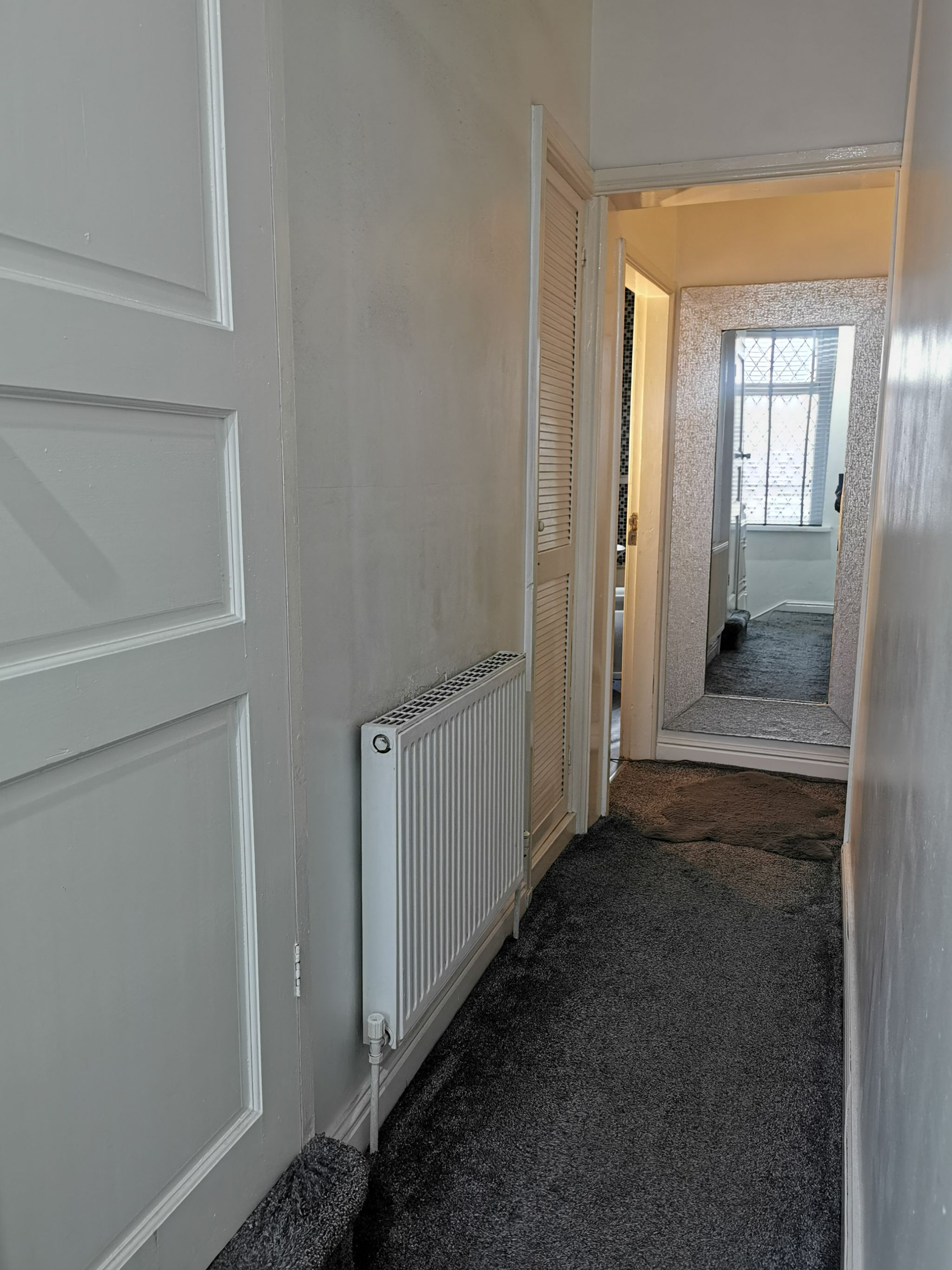 4 bedroom mid terraced house For Sale in Bradford - Photograph 12.
