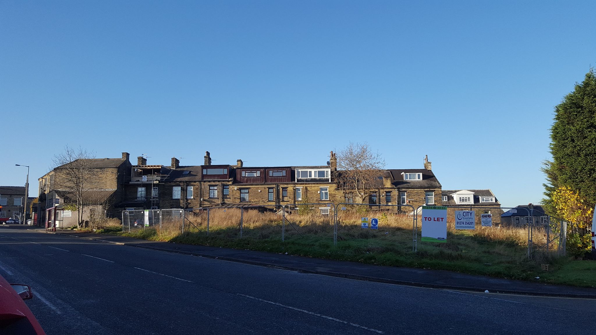 Land To Let in Bradford - Photograph 2.