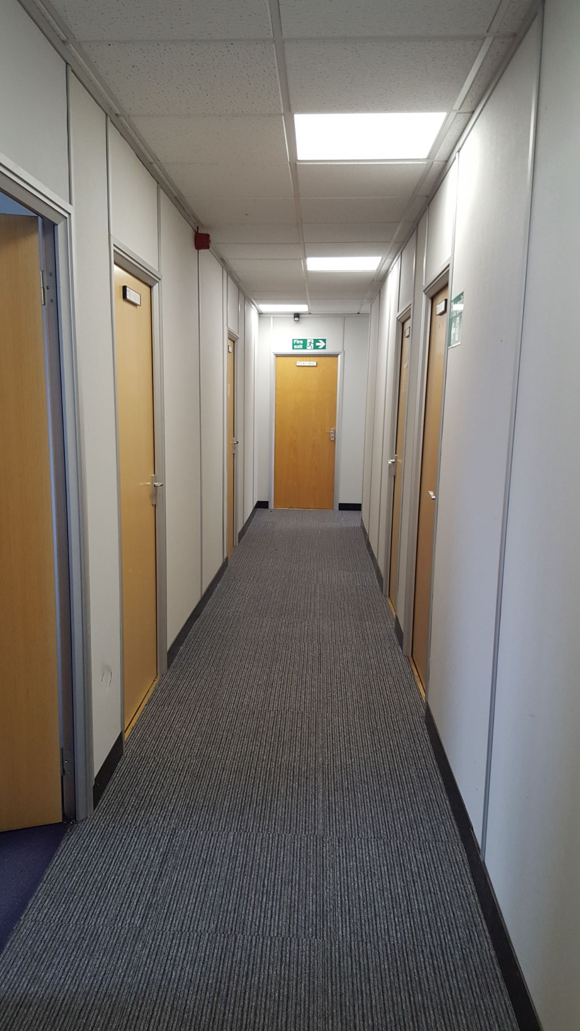 Office in Bradford - Photograph 5.