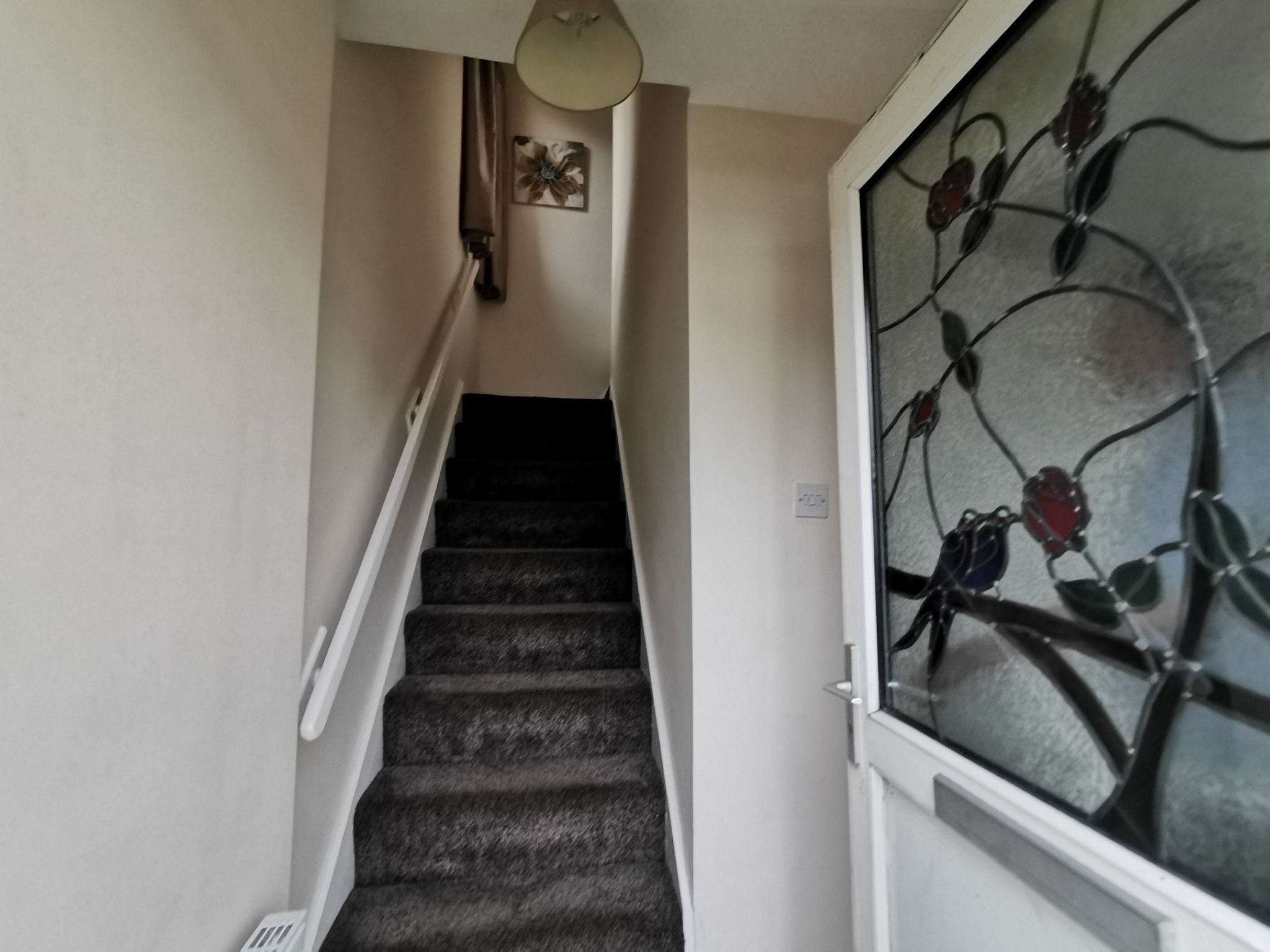 3 bedroom semi-detached house in Bradford - Photograph 7.