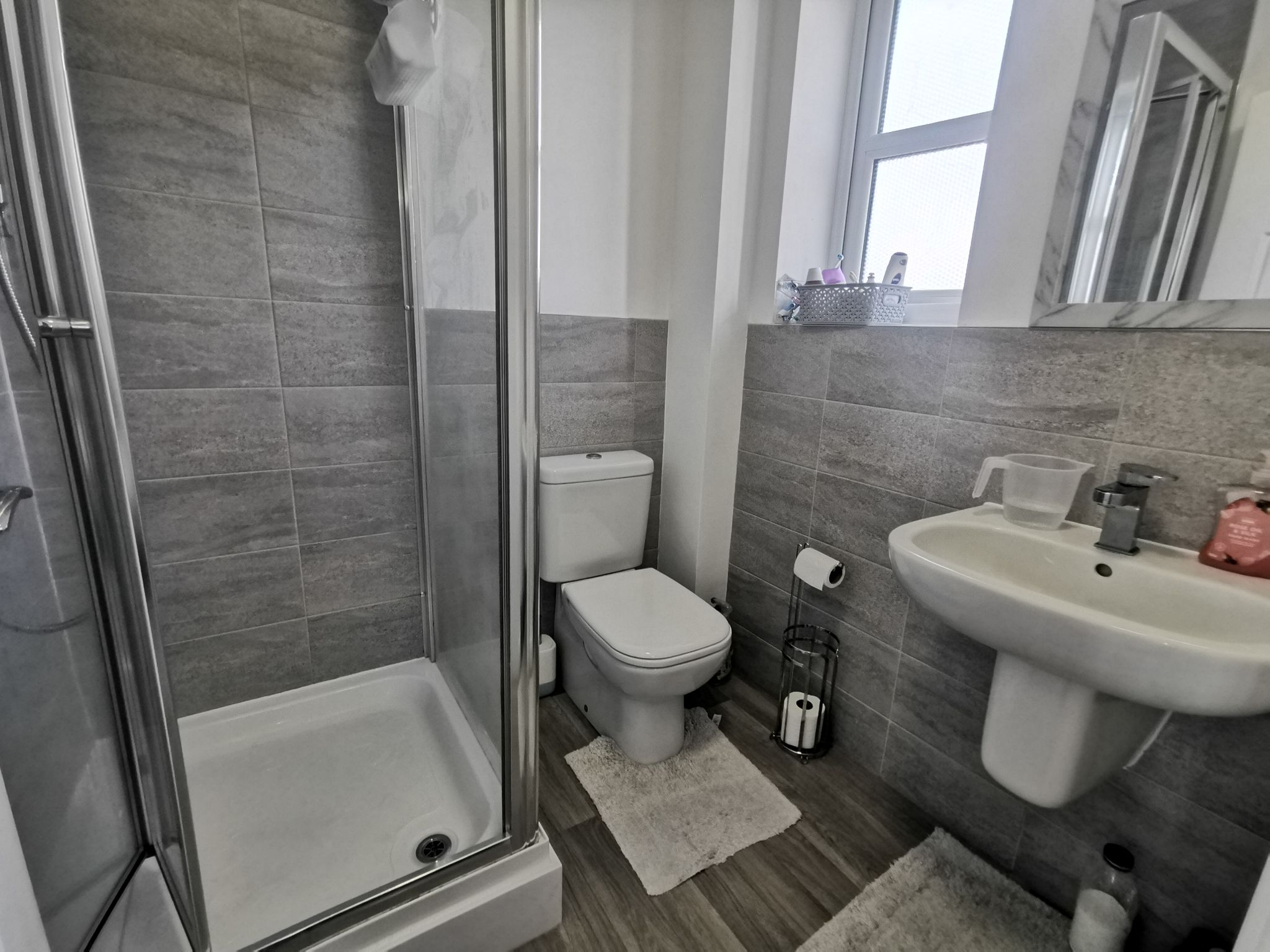 3 bedroom end terraced house For Sale in Bradford - Photograph 17.