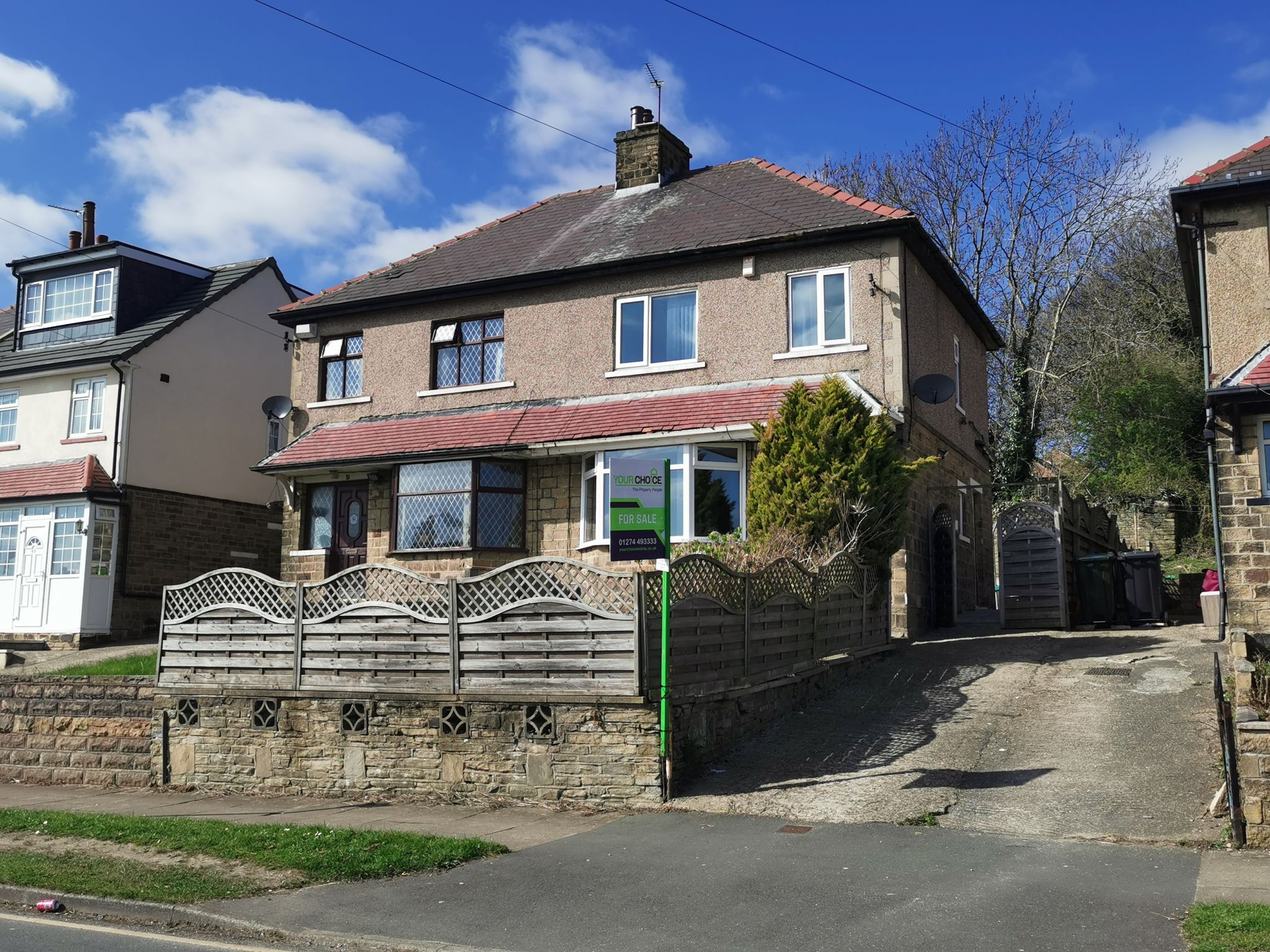 3 bedroom semi-detached house Sale Agreed in Bradford - Photograph 1.
