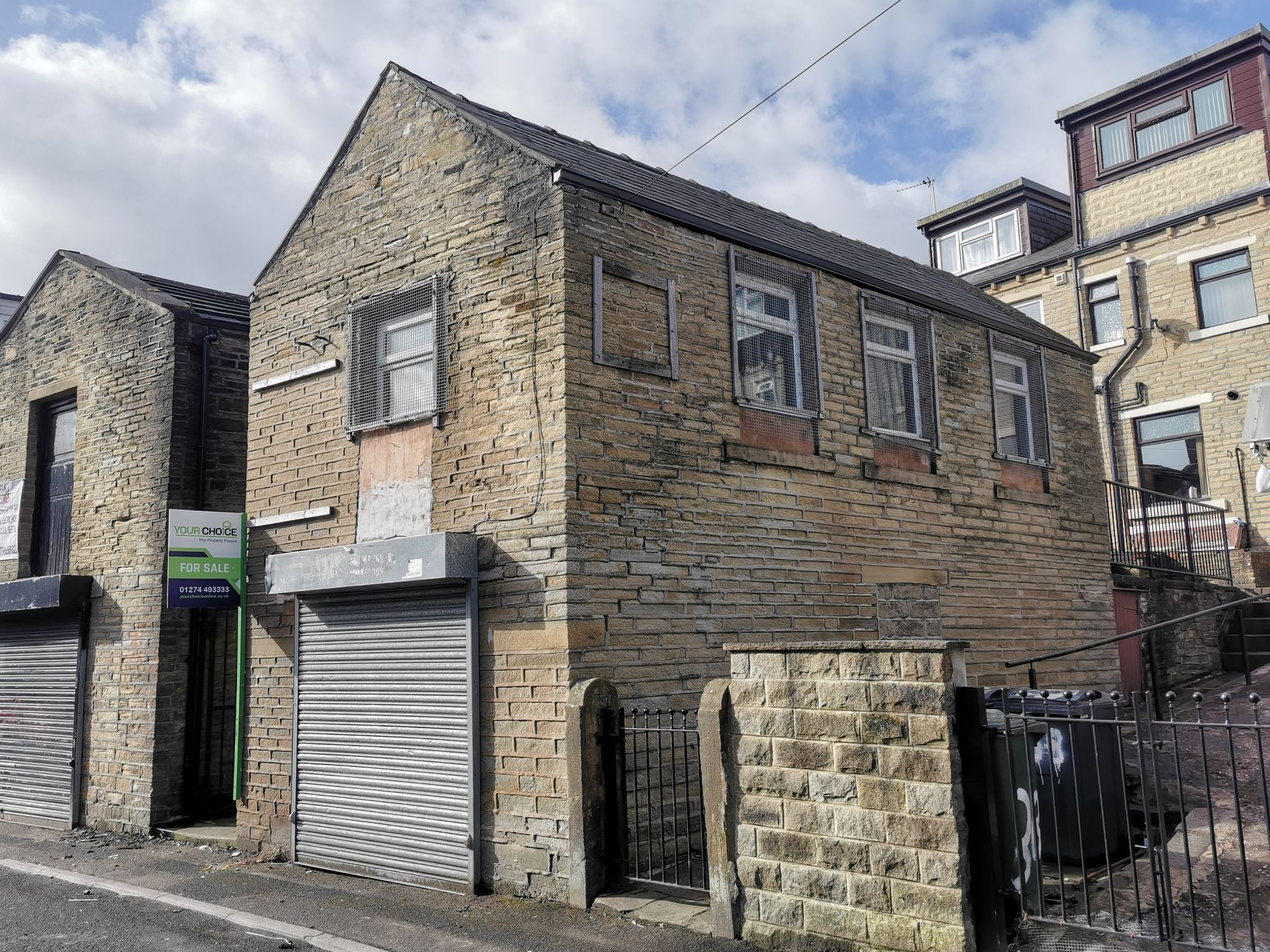 Industrial Units Sale Agreed in Bradford - Photograph 1.