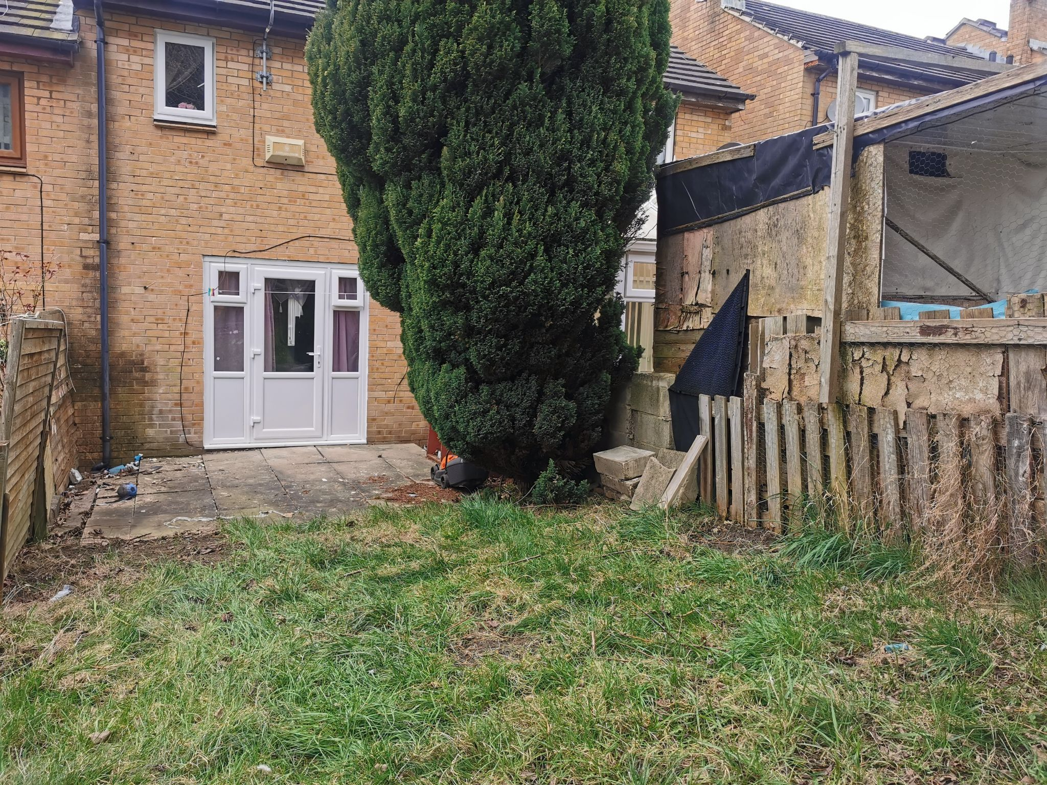 2 bedroom mid terraced house For Sale in Bradford - Photograph 12.