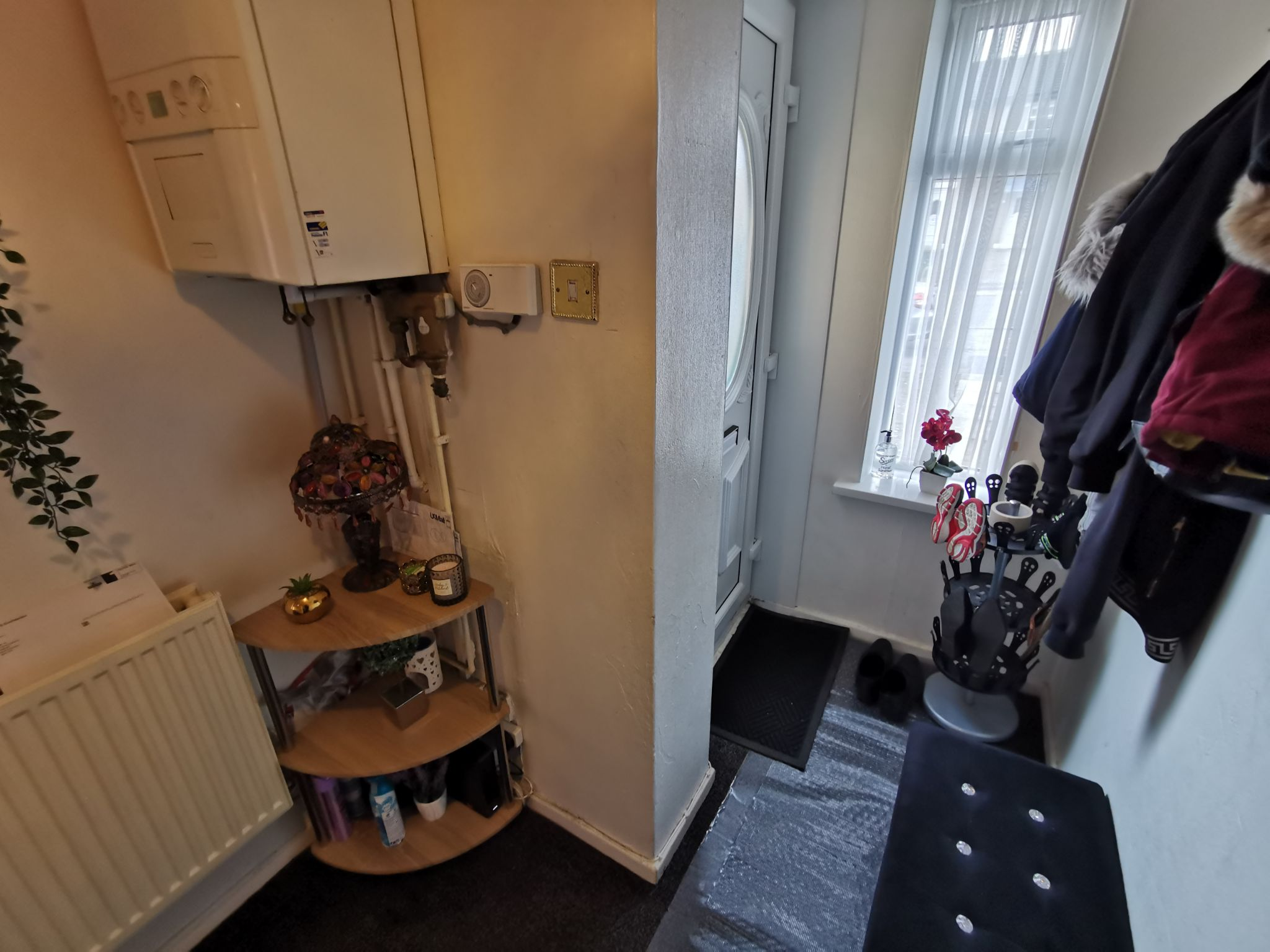 2 bedroom mid terraced house For Sale in Bradford - Photograph 5.