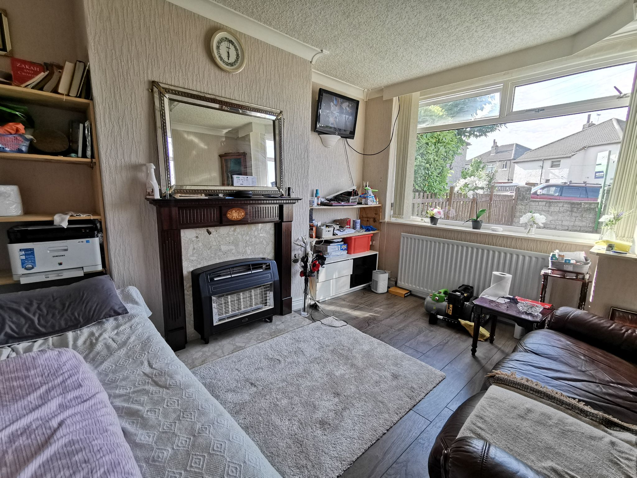 4 bedroom semi-detached house SSTC in Bradford - Photograph 2.