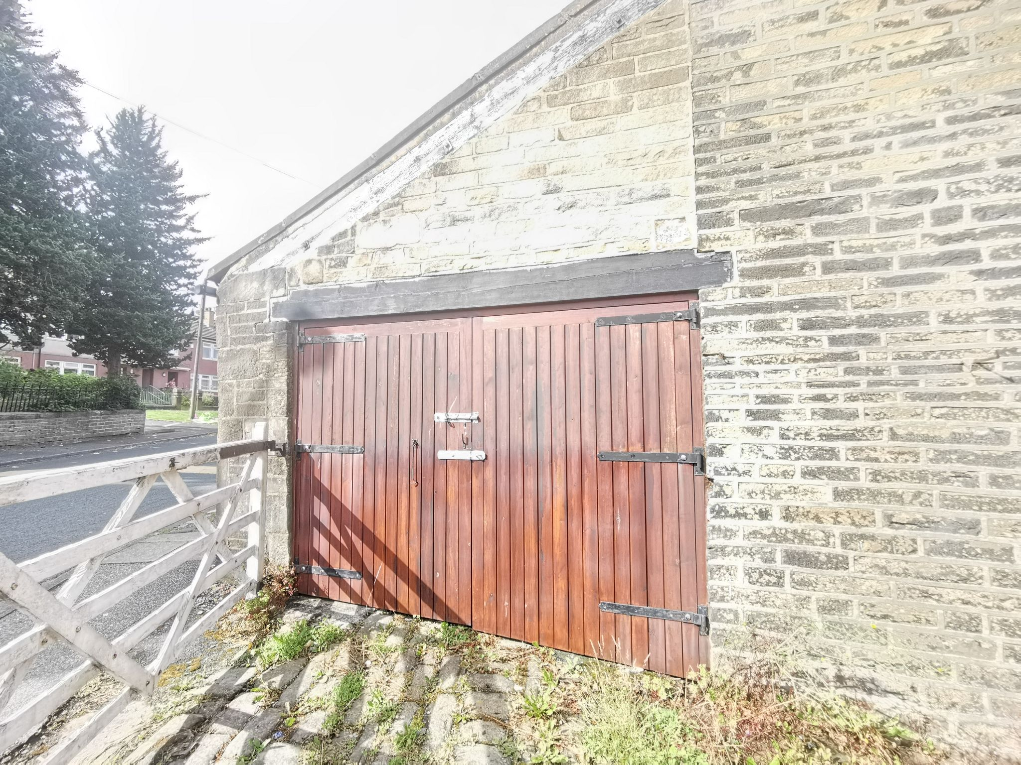 3 bedroom detached house For Sale in Bradford - Photograph 20.