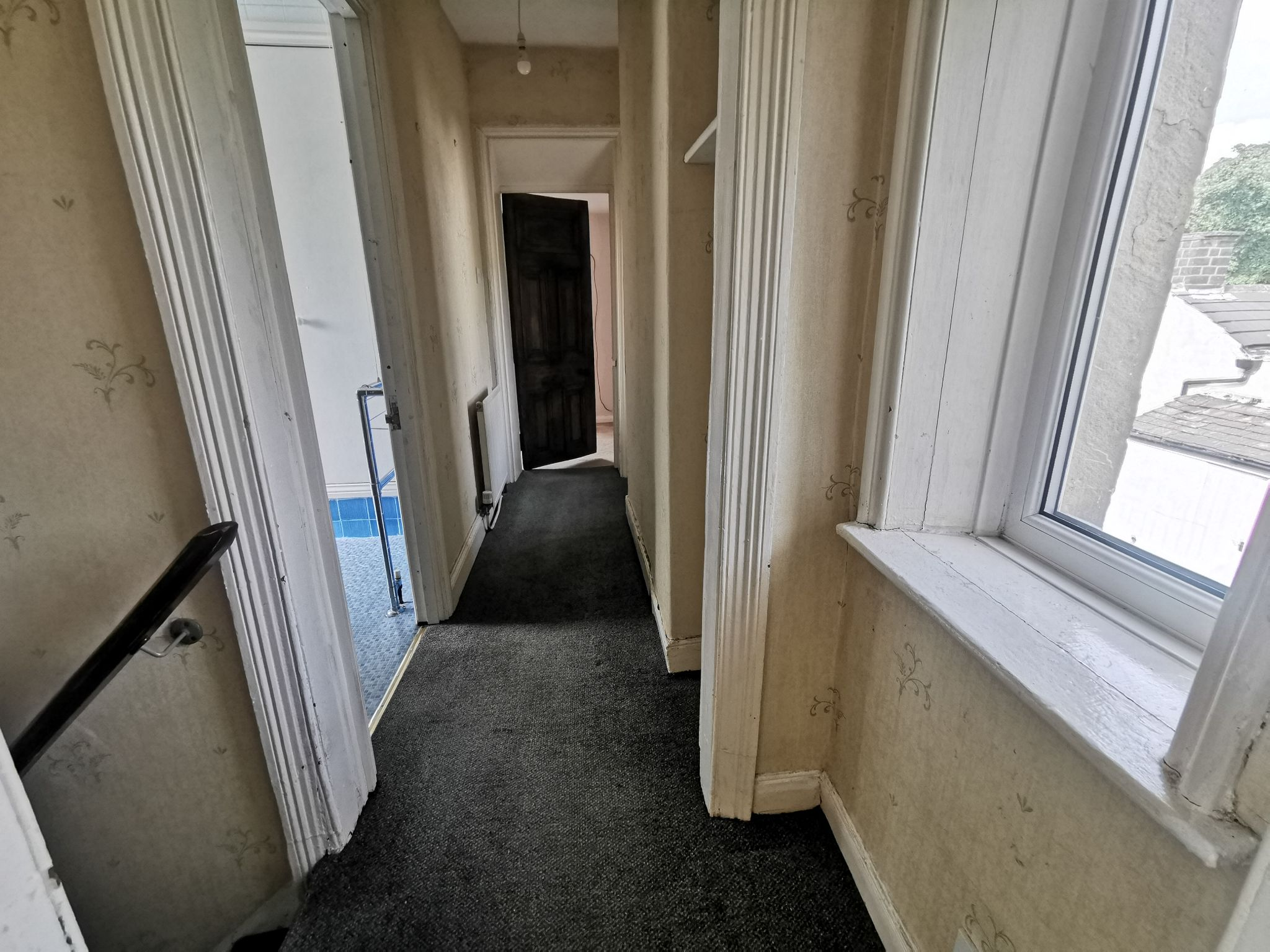 3 bedroom detached house For Sale in Bradford - Photograph 8.