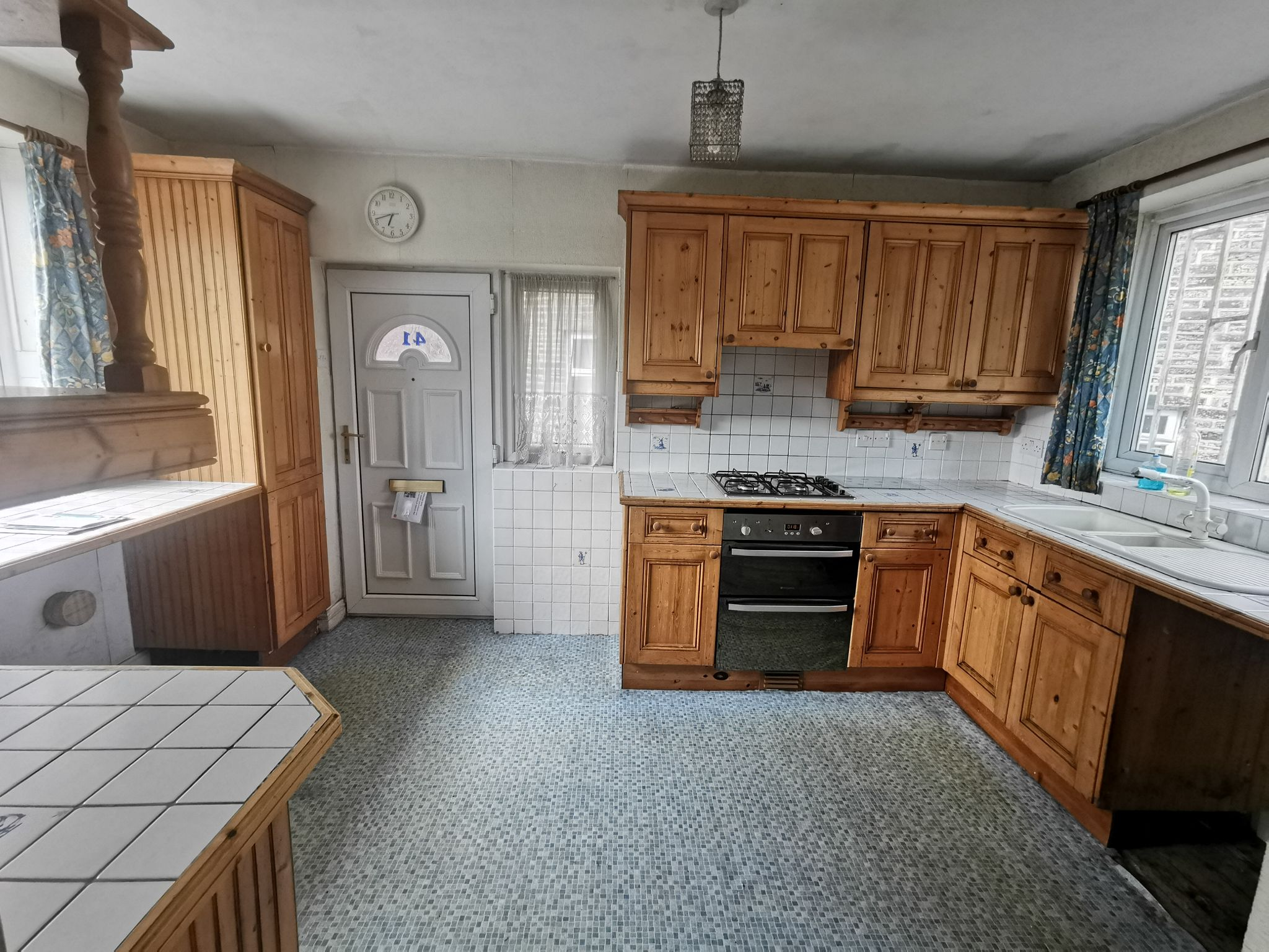 3 bedroom detached house For Sale in Bradford - Property photograph.