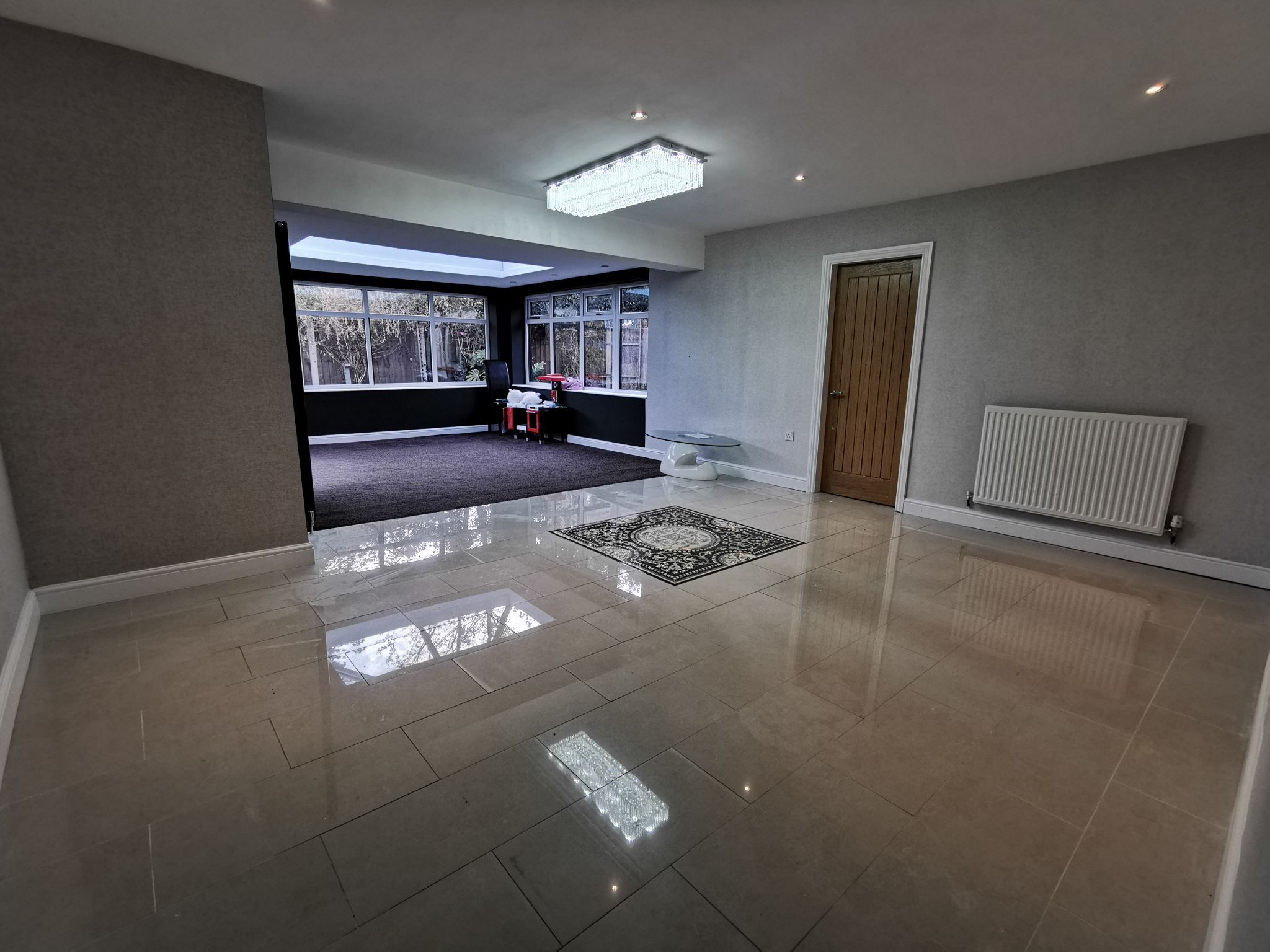 6 bedroom detached bungalow For Sale in Bradford - Photograph 7.