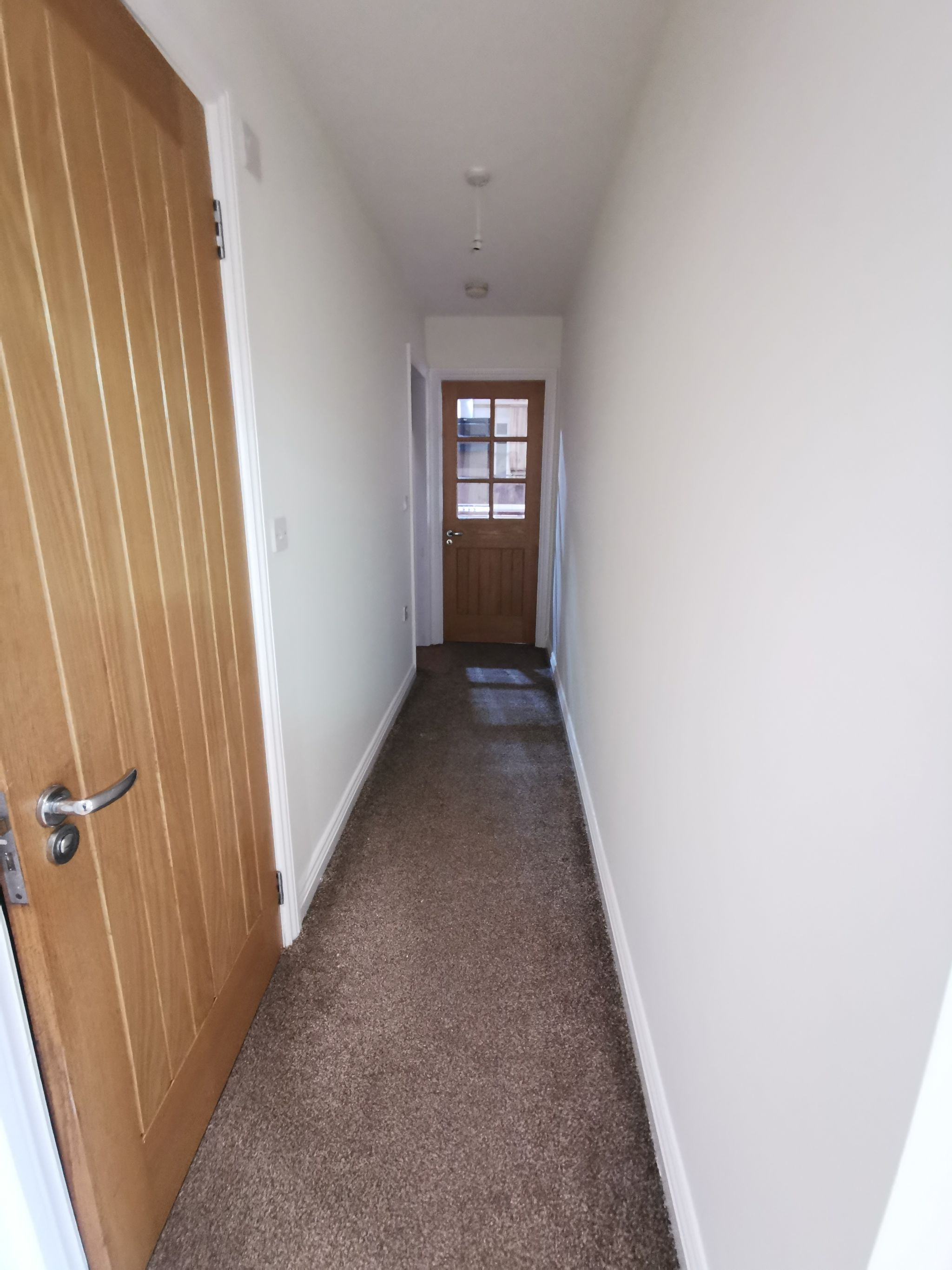 6 bedroom detached bungalow For Sale in Bradford - Photograph 12.