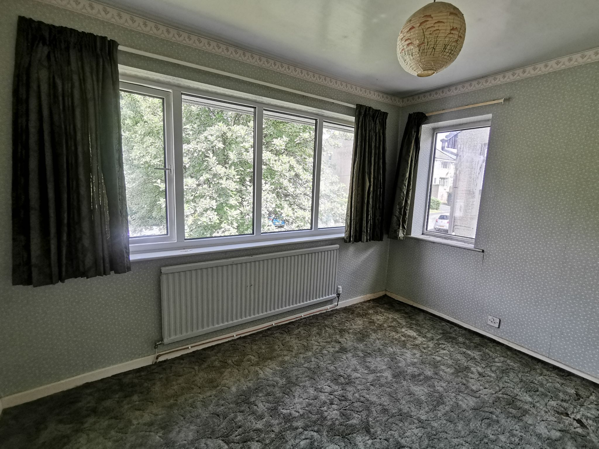 3 bedroom detached house Sold in Bradford - Photograph 11.