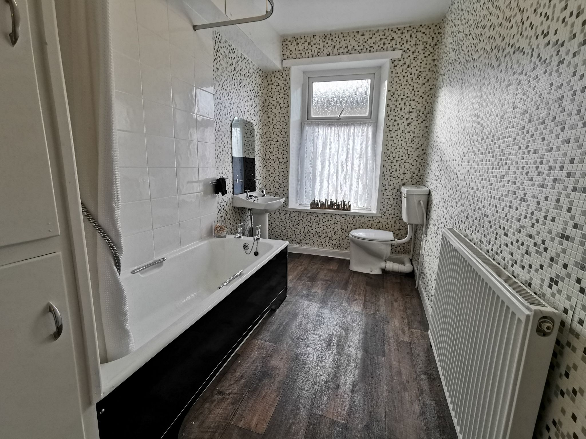 2 bedroom mid terraced house To Let in Bradford - Photograph 15.