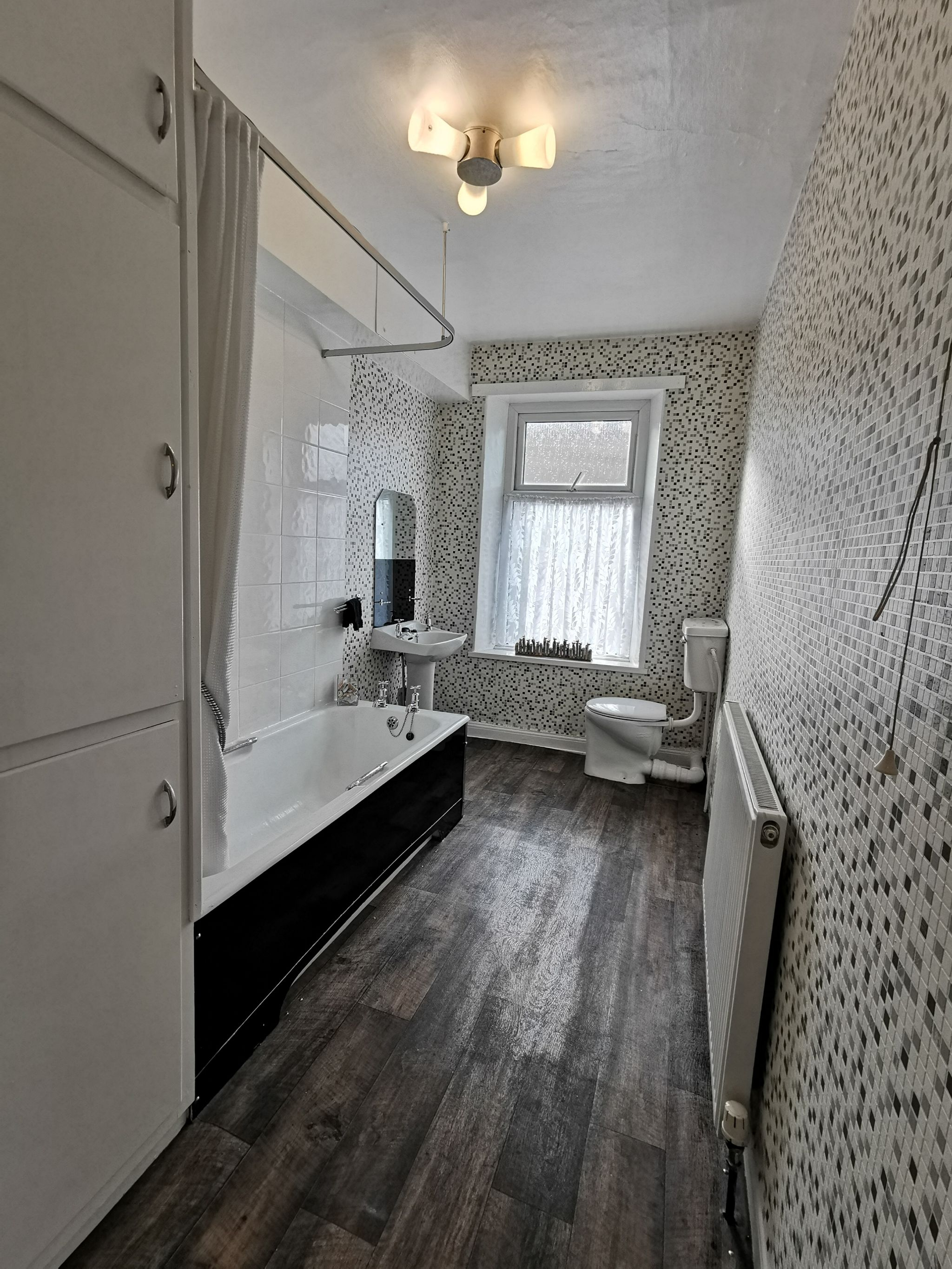 2 bedroom mid terraced house To Let in Bradford - Photograph 16.