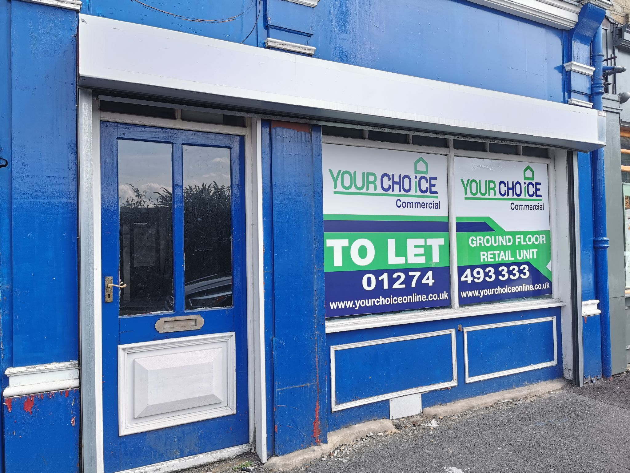 Shop To Let in Bradford - Photograph 1.