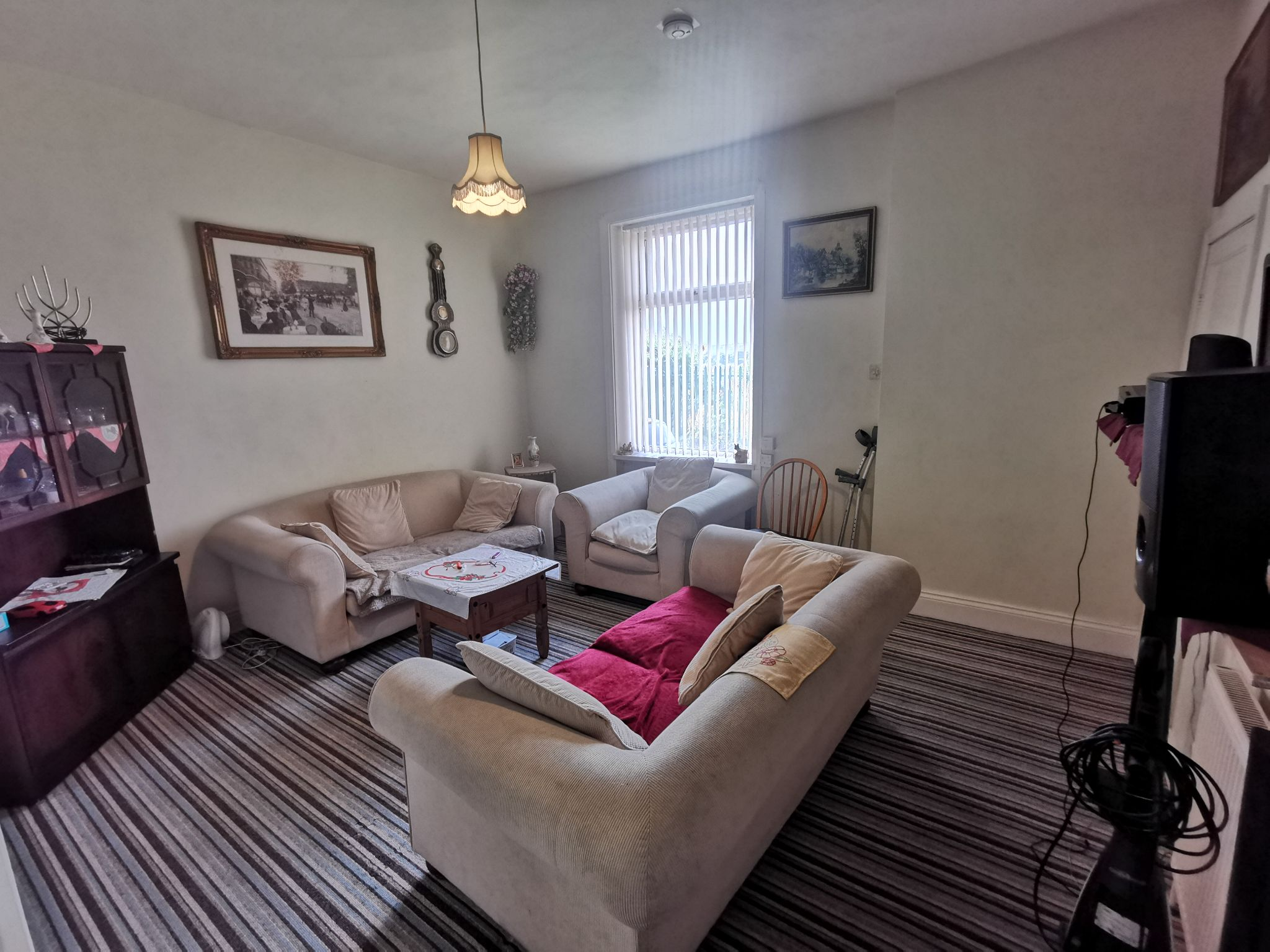 1 bedroom mid terraced house For Sale in Bradford - Photograph 2.