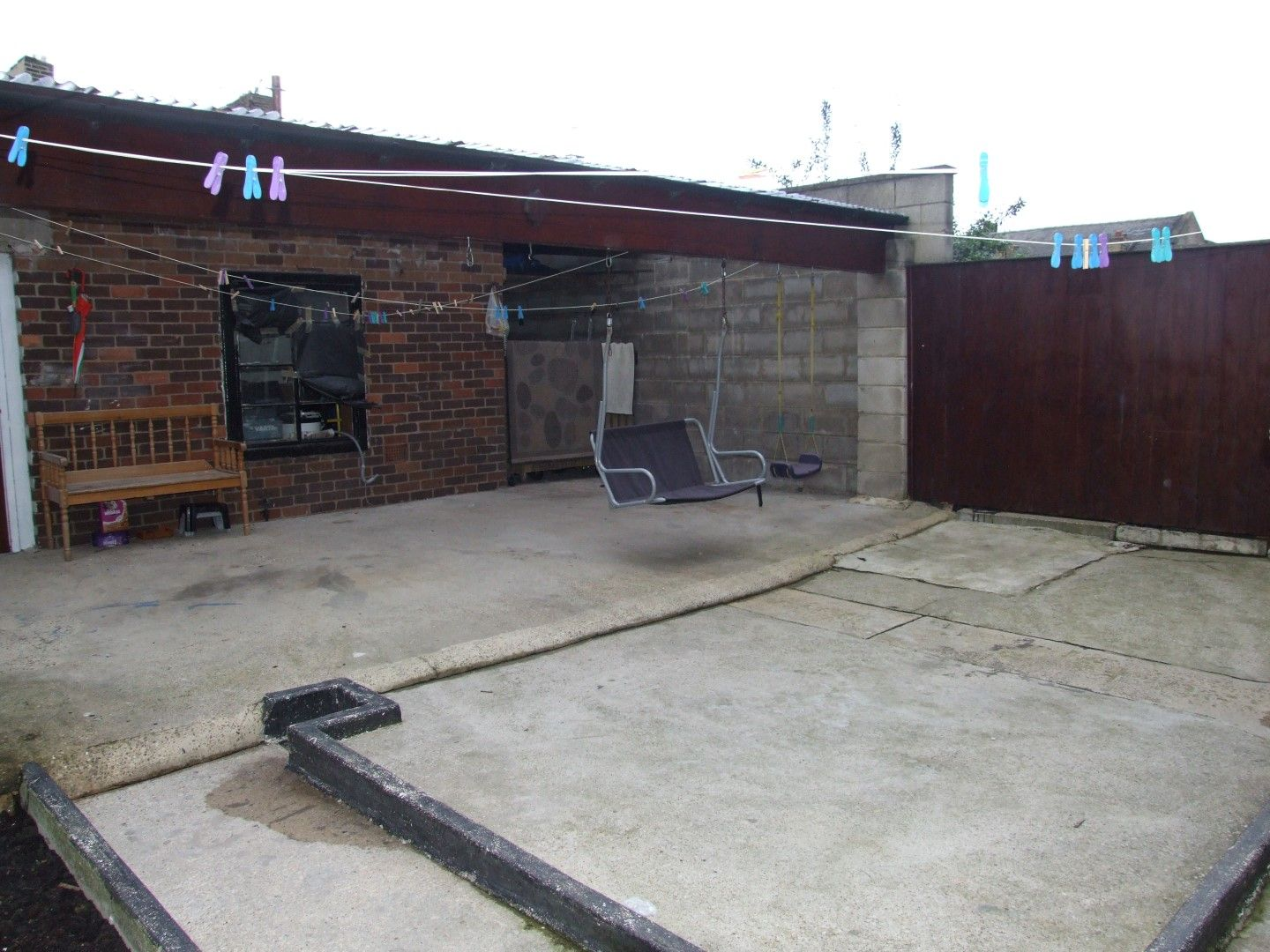 5 bedroom end terraced house Sale Agreed in Bradford - Photograph 21.