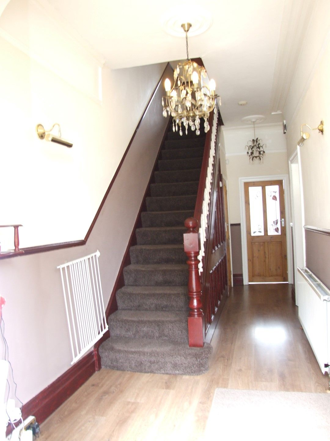 5 bedroom end terraced house Sale Agreed in Bradford - Photograph 6.
