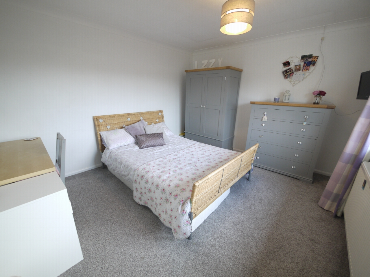 4 bedroom detached house For Sale in Brighouse - Photograph 13.