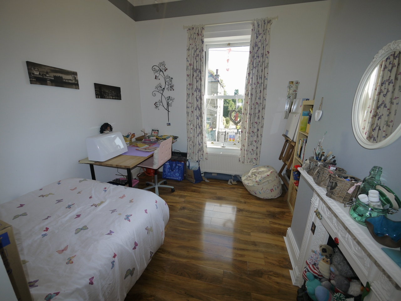 5 bedroom semi-detached house For Sale in Halilfax - Photograph 9.