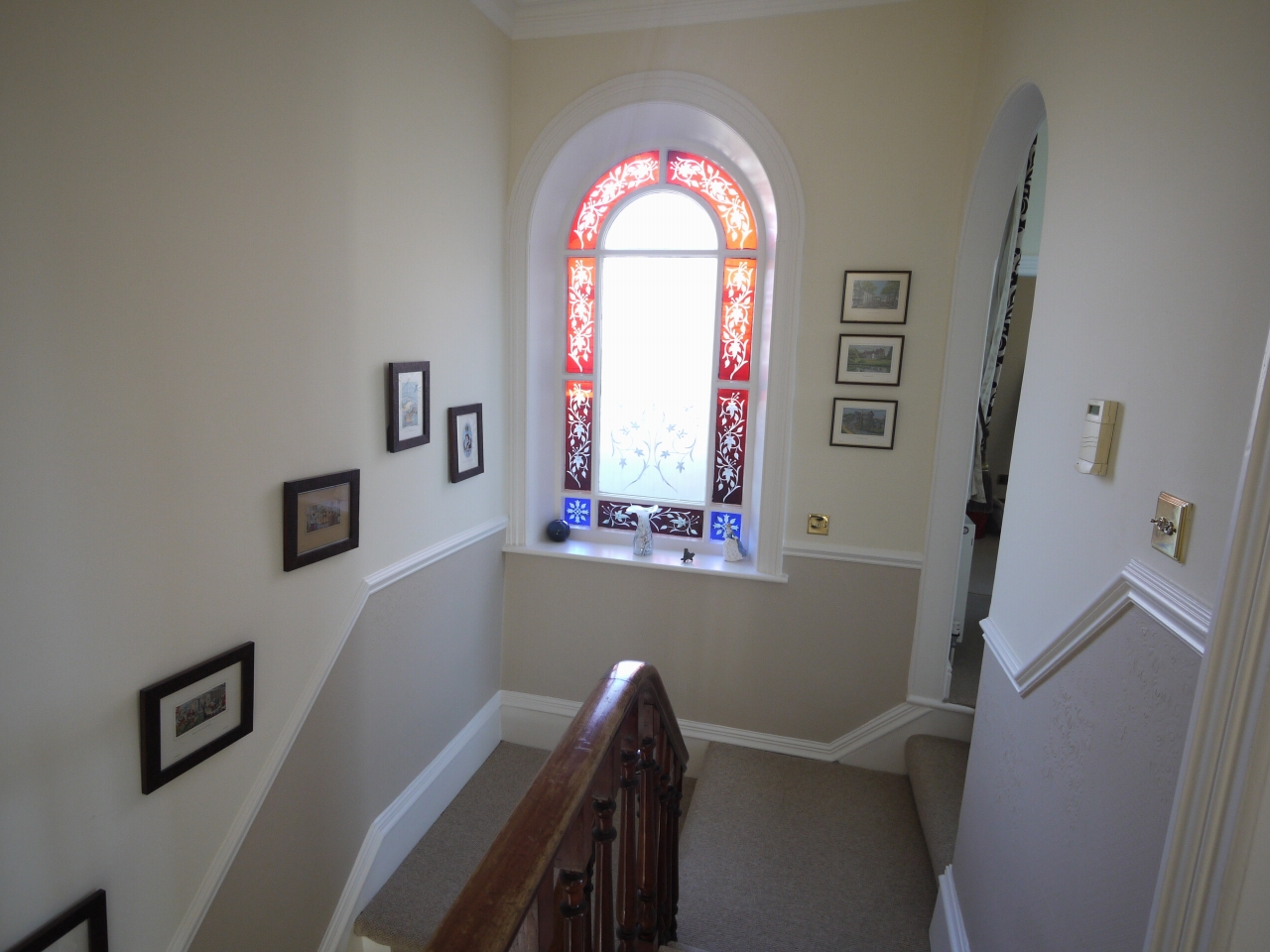 5 bedroom semi-detached house For Sale in Halilfax - Photograph 11.