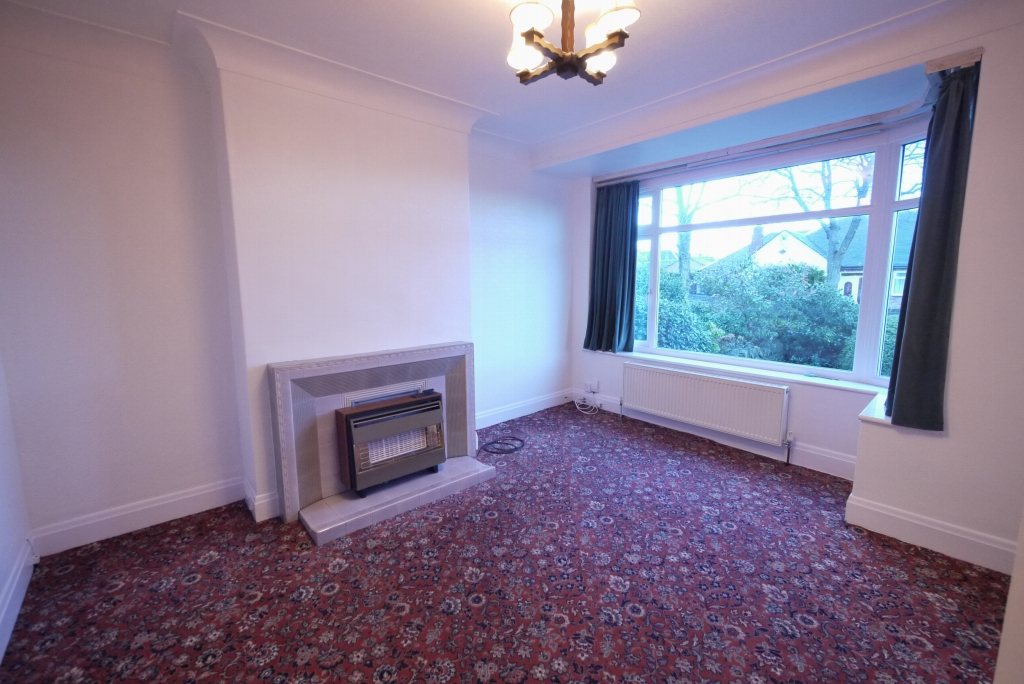 3 bedroom barn conversion house To Let in Brighouse - Photograph 2.