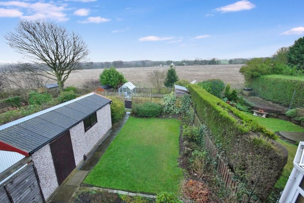 3 bedroom barn conversion house To Let in Brighouse - Photograph 5.