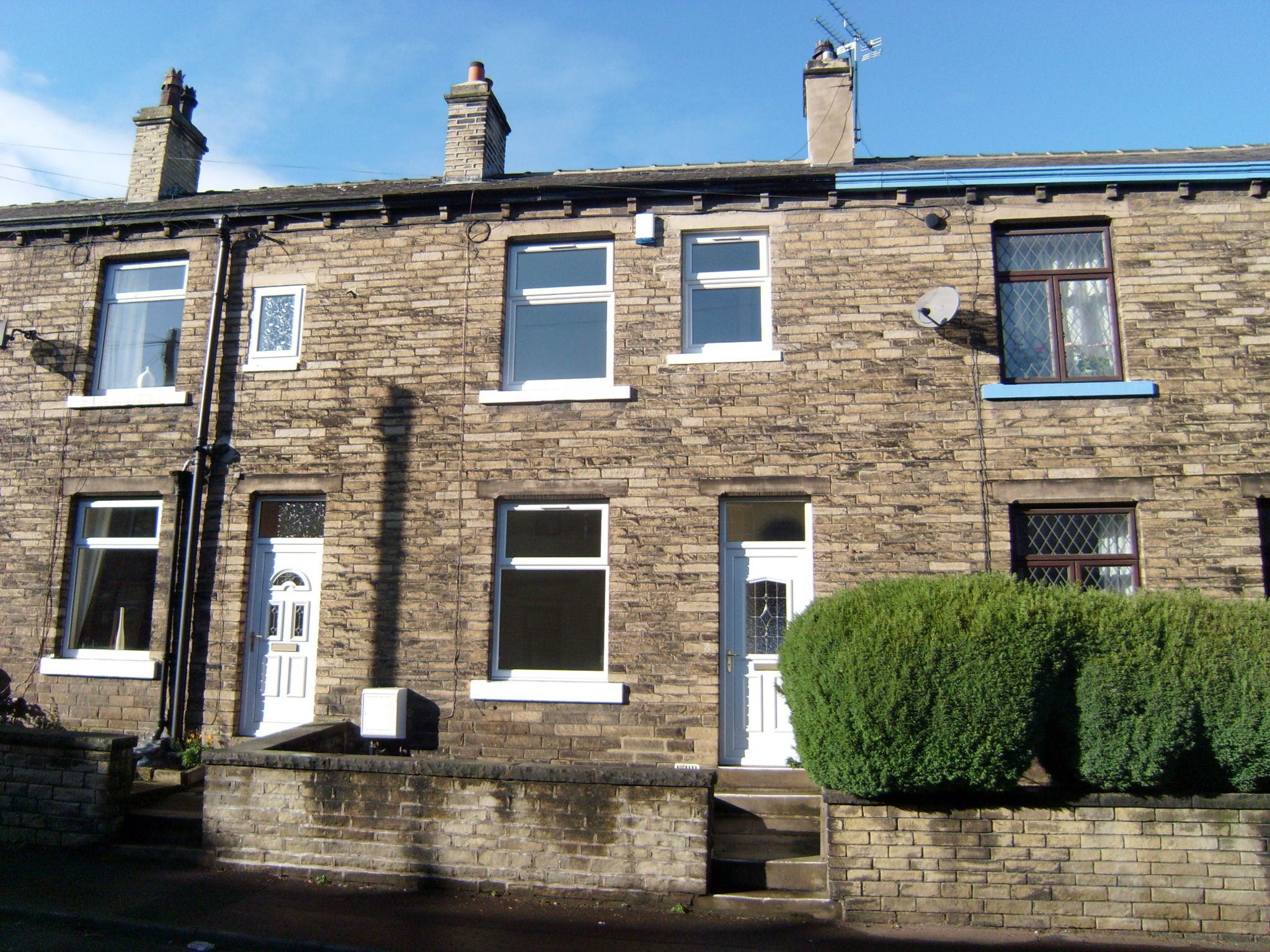 2 bedroom mid terraced house To Let in Brighouse - Photograph 1.