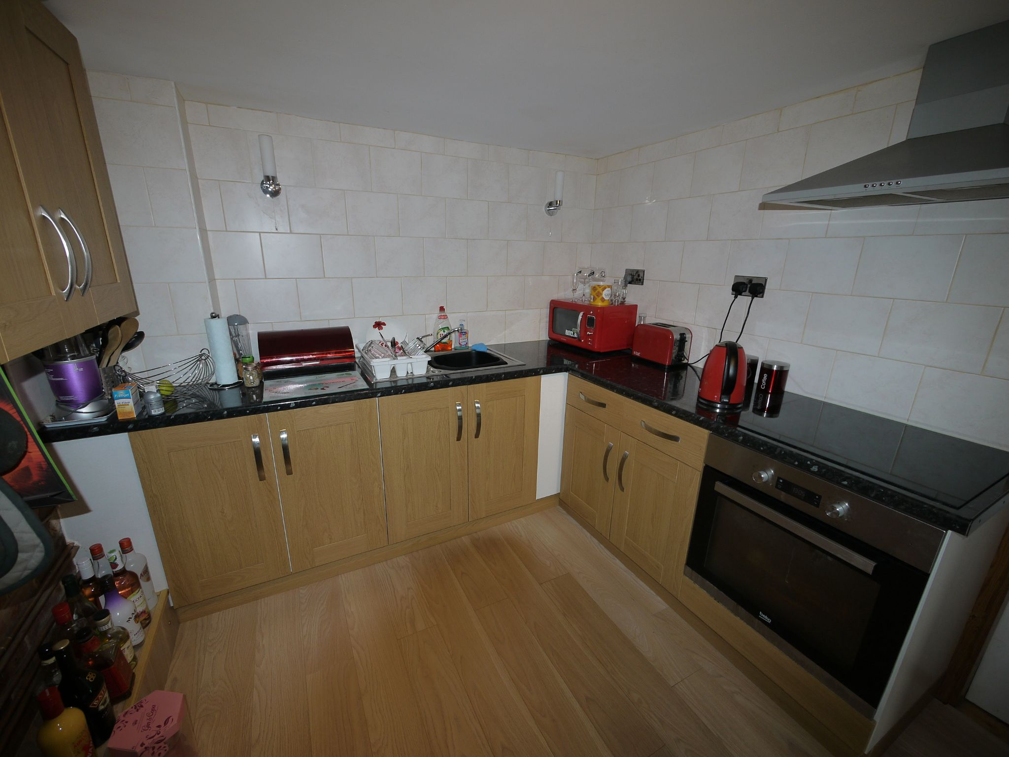 4 bedroom semi-detached house SSTC in Brighouse - Lower Gd Flr kit.