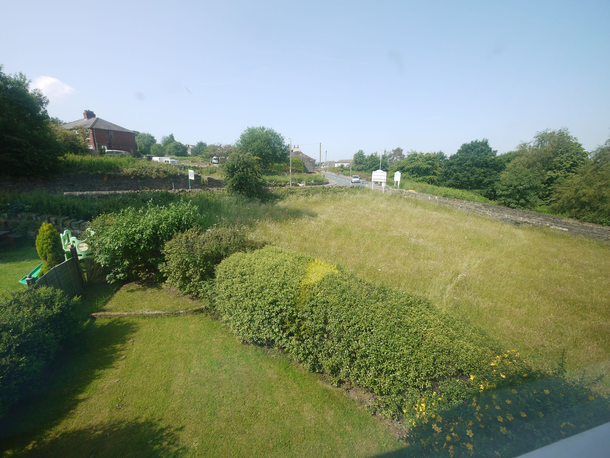 3 bedroom semi-detached house For Sale in Brighouse - View 2.