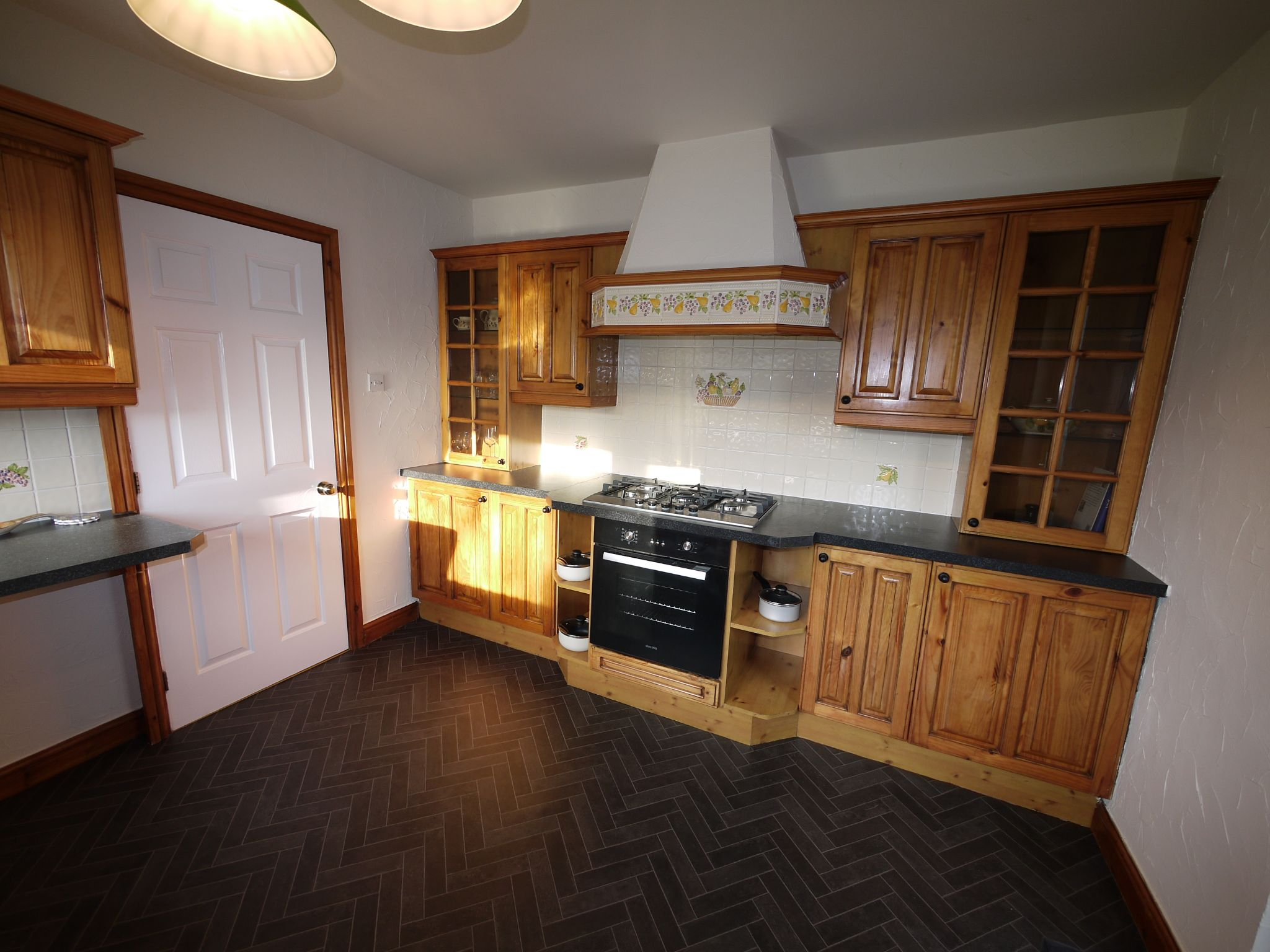 5 bedroom detached bungalow For Sale in Brighouse - kitchen.